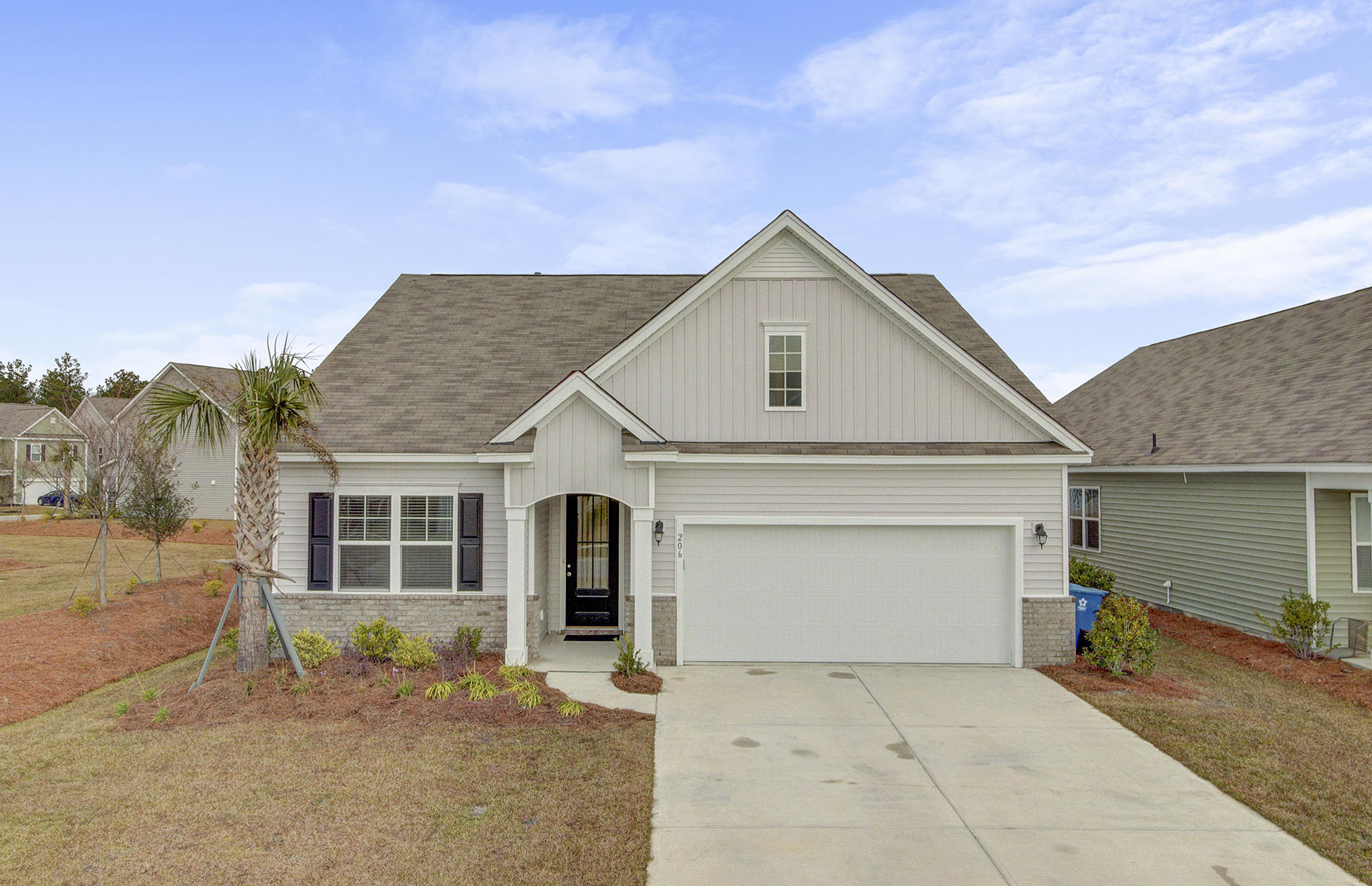 206 Rhodes Court Summerville, SC 29486
