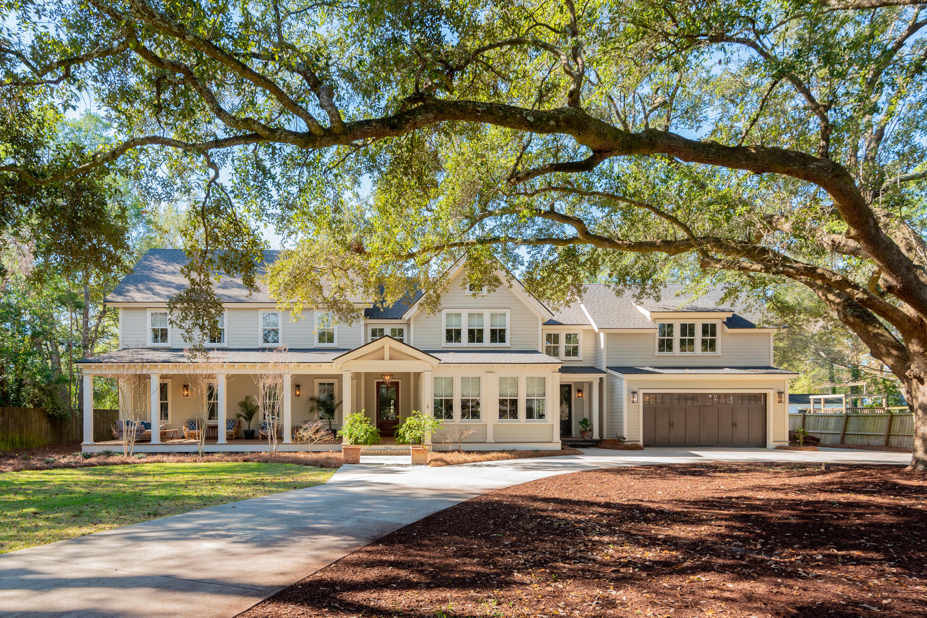 982 Cliffwood Drive Mount Pleasant, SC 29464