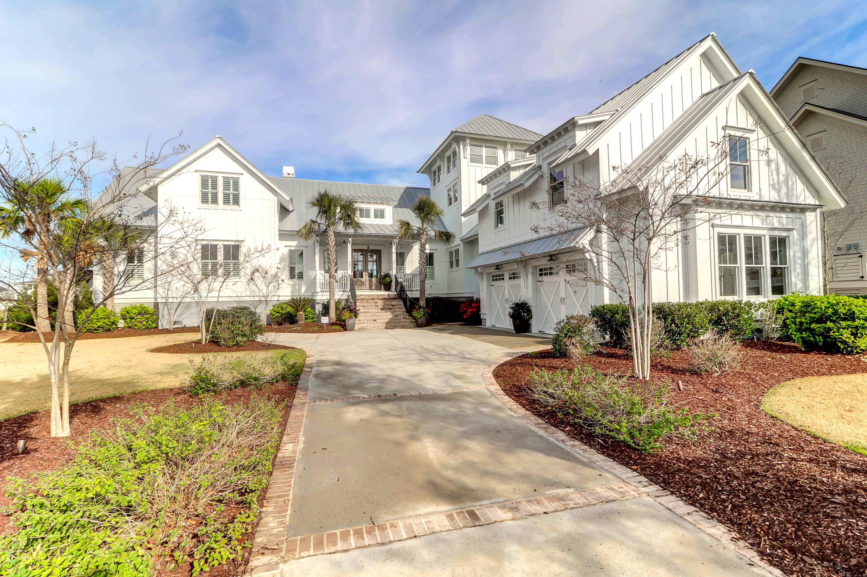 547 Wading Place Daniel Island, SC 29492