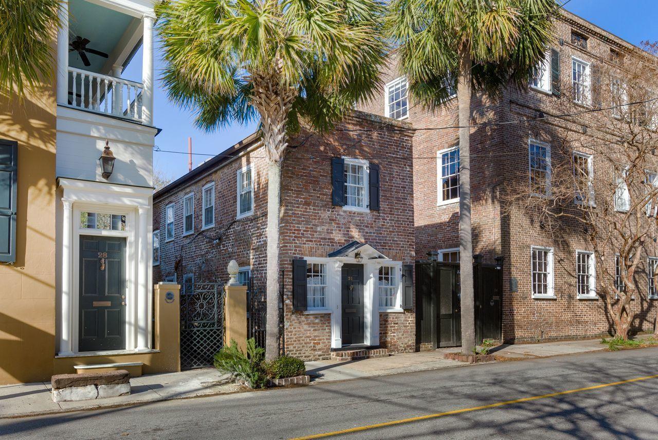 Ansonborough Homes For Sale - 26 Wentworth, Charleston, SC - 29