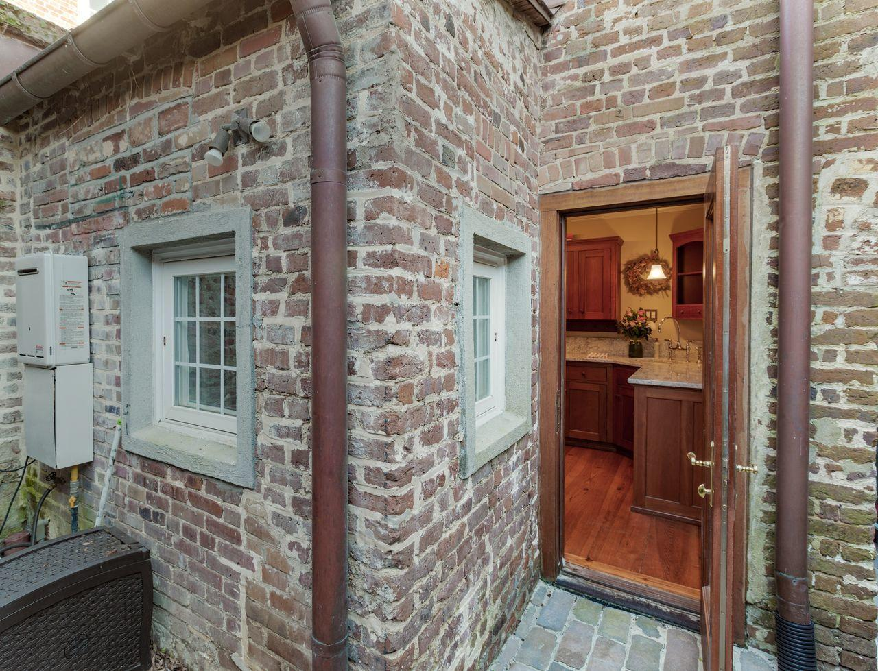 Ansonborough Homes For Sale - 26 Wentworth, Charleston, SC - 12