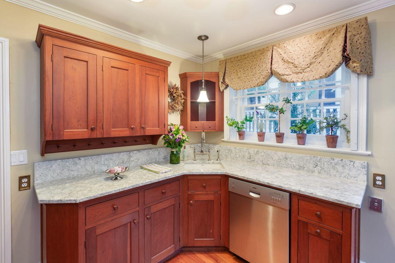 Ansonborough Homes For Sale - 26 Wentworth, Charleston, SC - 8