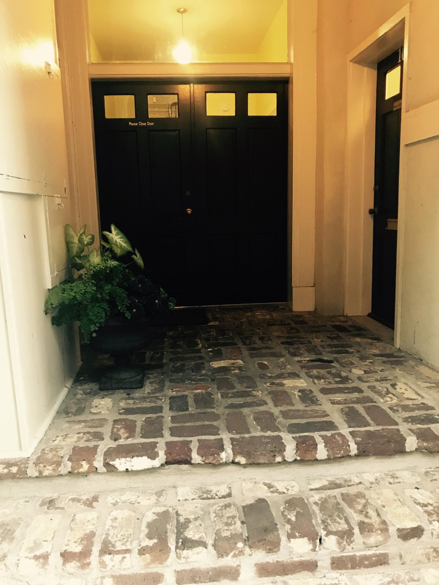 266 Meeting Street Charleston, SC 29401