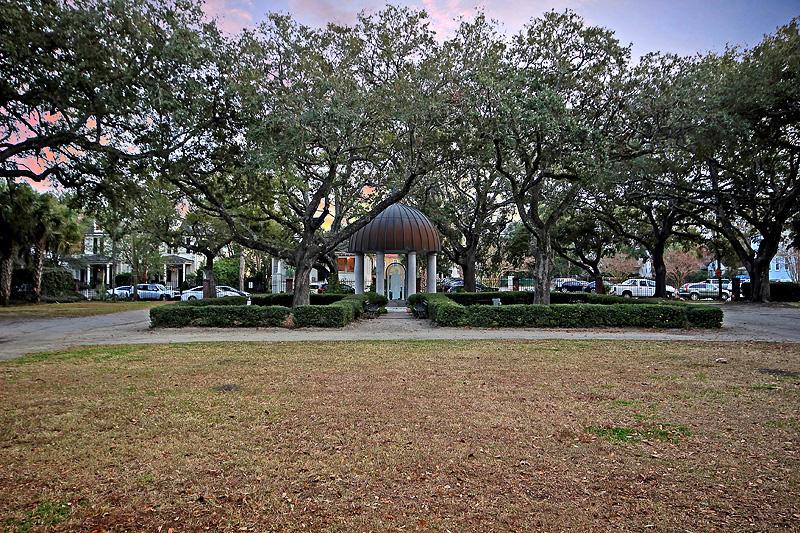 114 Congress Street Charleston, SC 29403