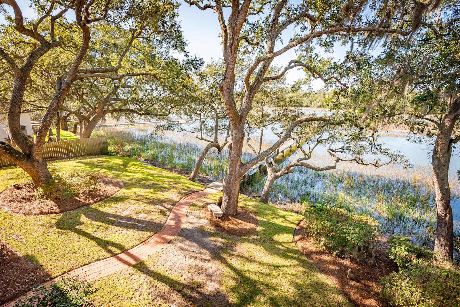 982 Sea Gull Drive Mount Pleasant, SC 29464