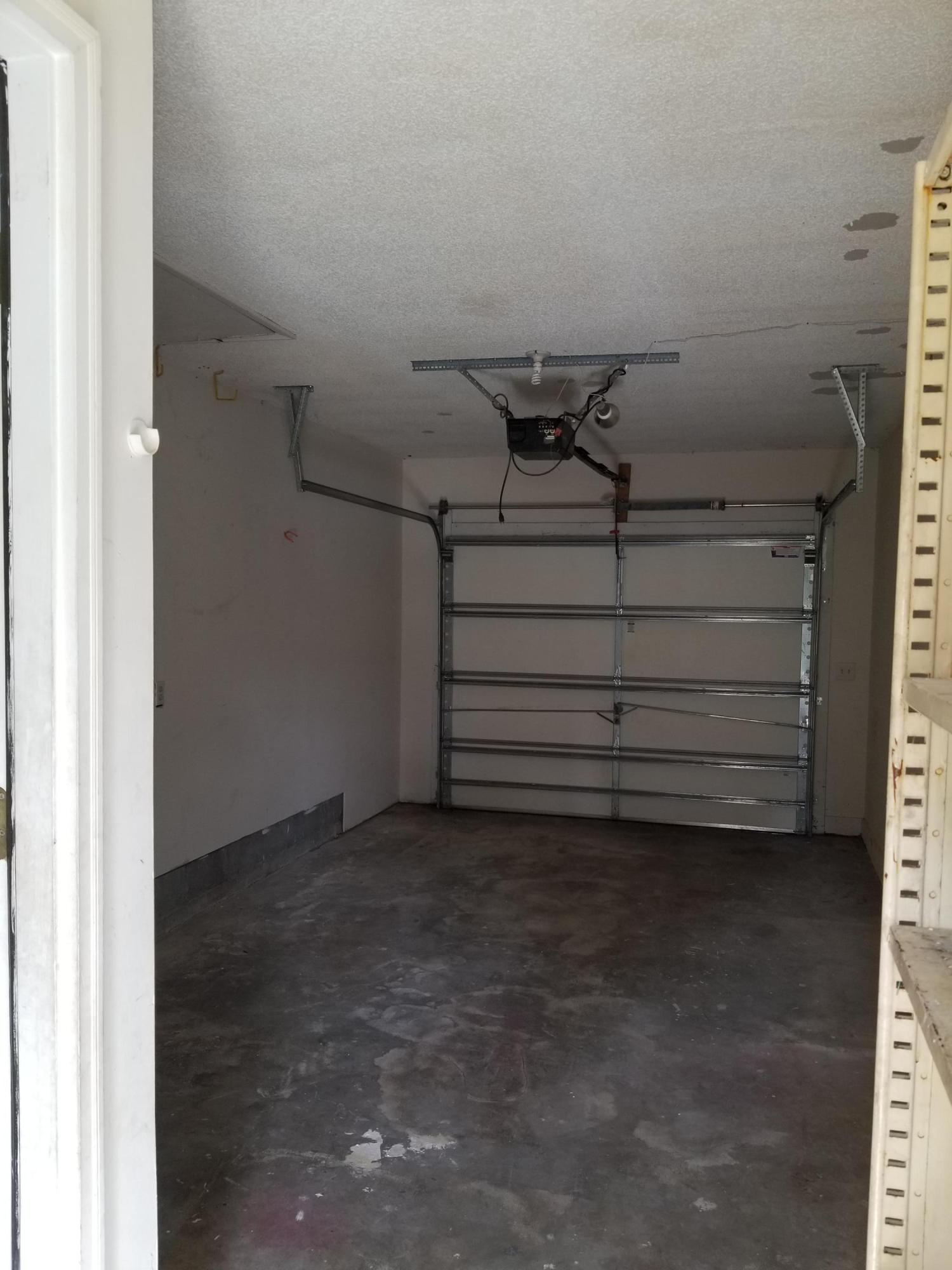 7607 Rosin Drive North Charleston, SC 29418