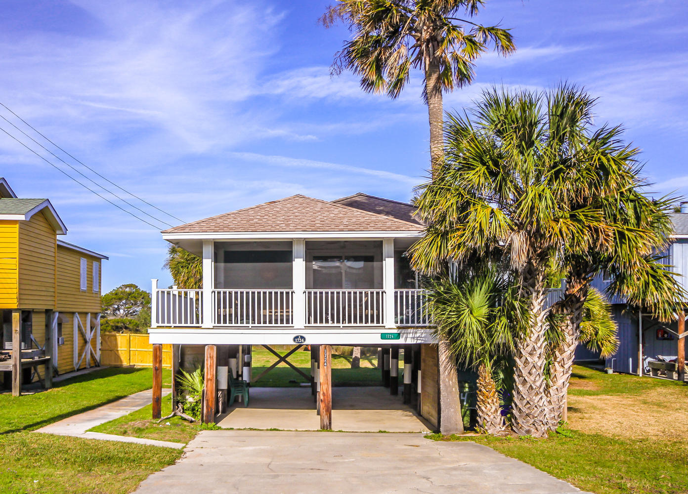 1724 E Ashley Avenue Folly Beach, SC 29439