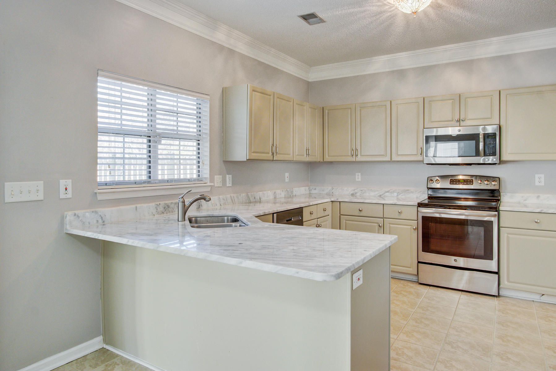 3323 Hearthside Drive Charleston, Sc 29414