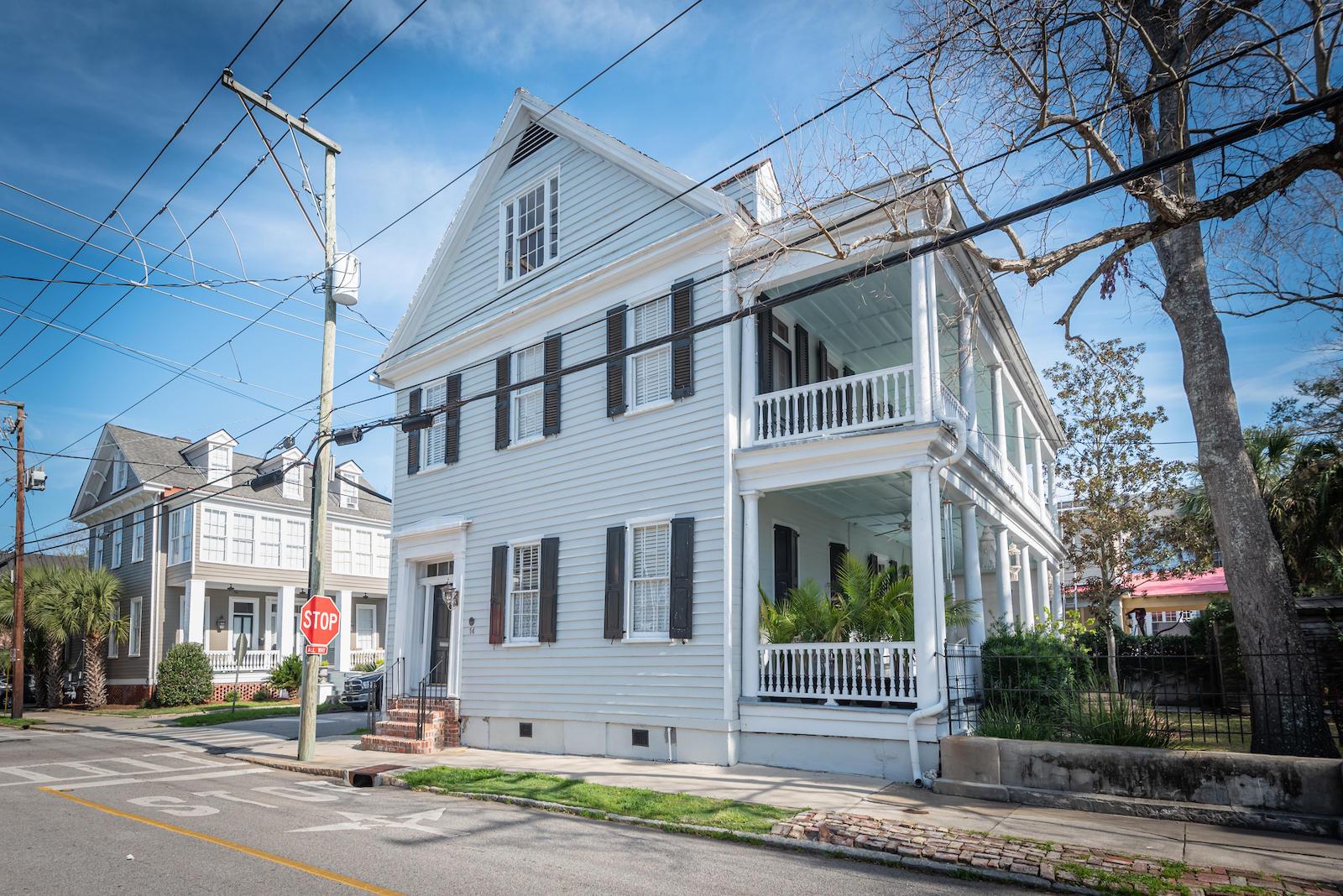 14 Gadsden Street Charleston, SC 29401