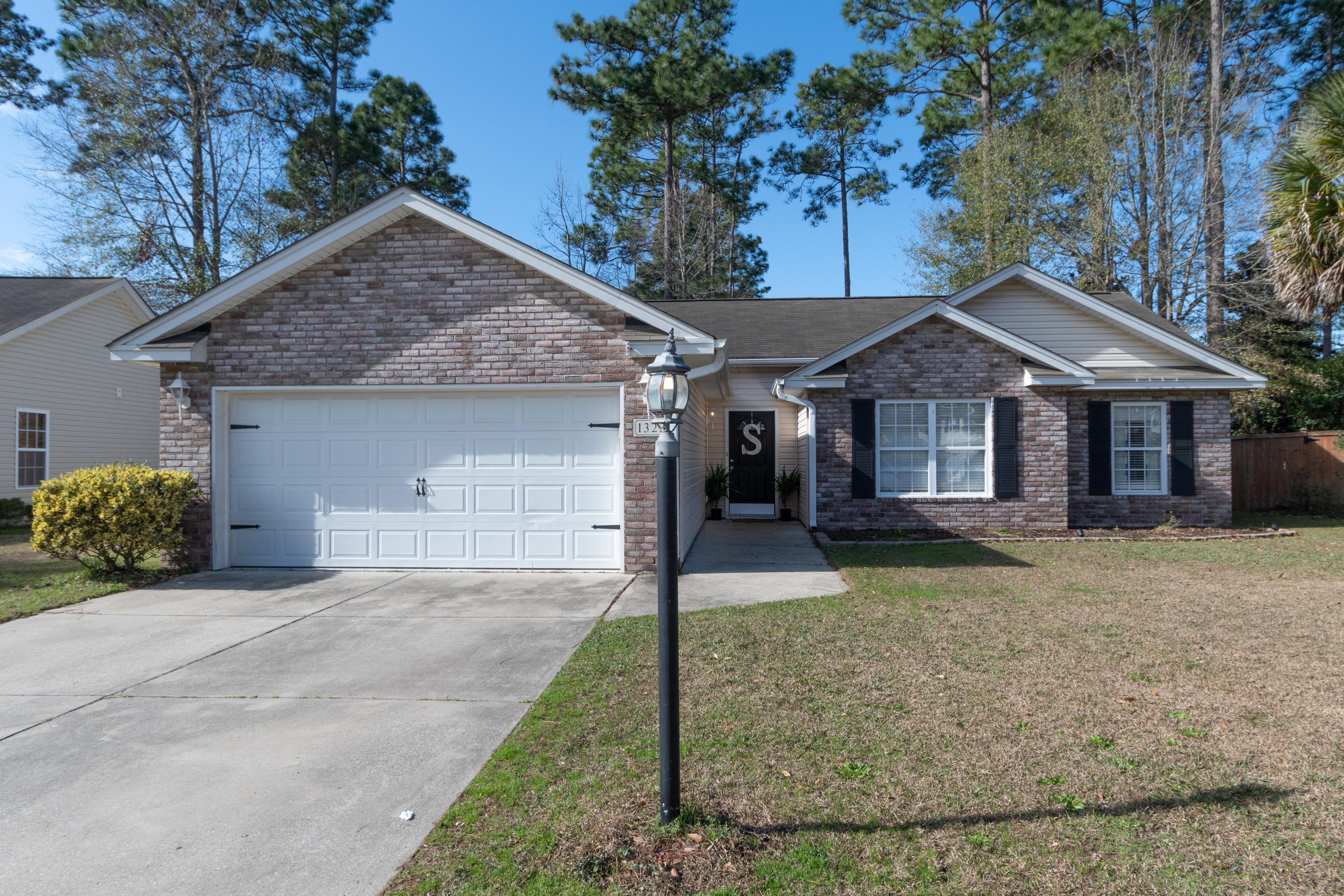 1323 Lantern Road Summerville, Sc 29486