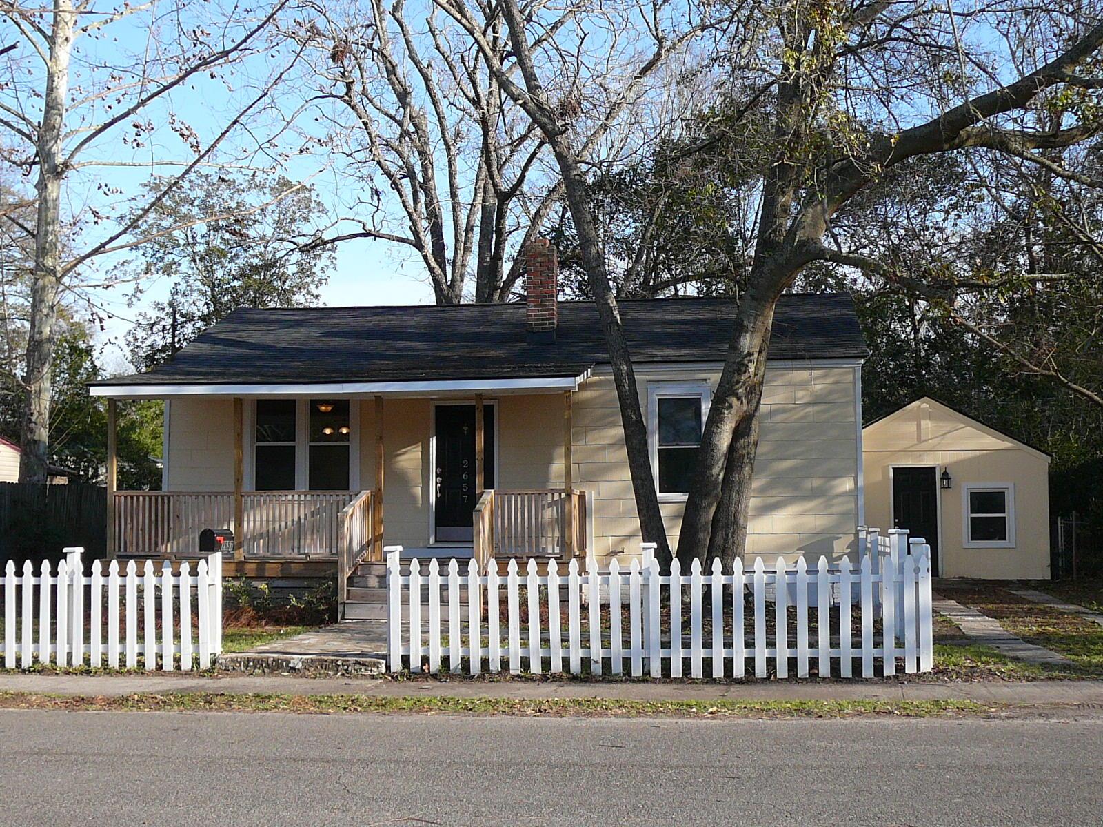 2657 Lawrence Street North Charleston, SC 29405