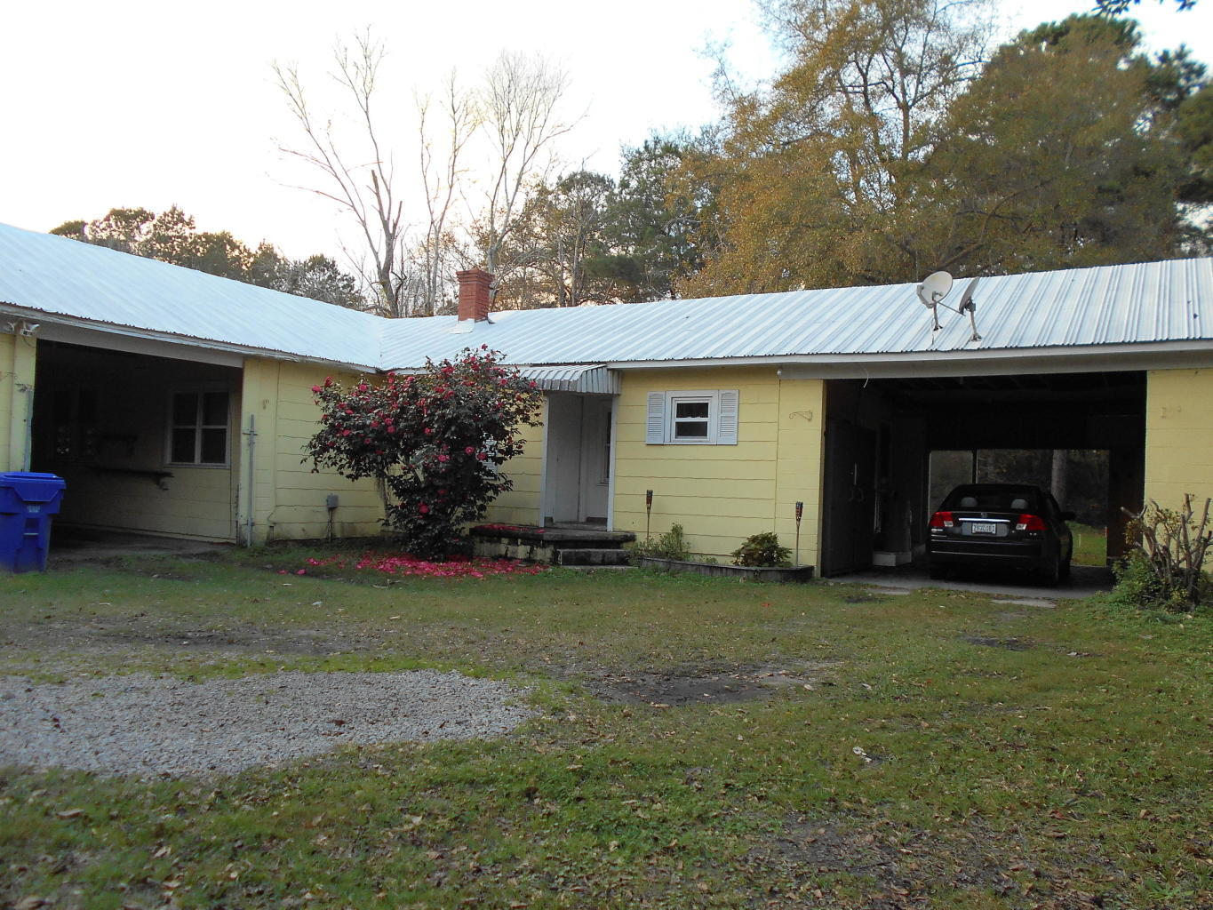 3040 Maybank Highway Johns Island, SC 29455