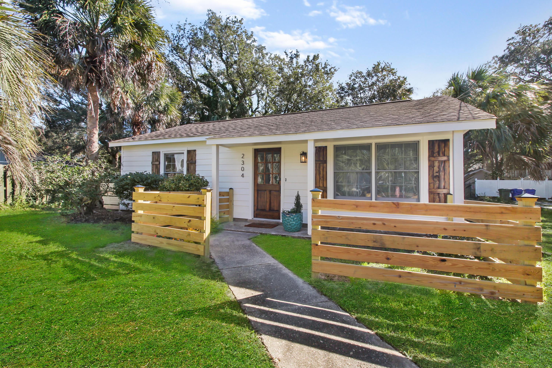 2304 Hartnett Boulevard Isle Of Palms, SC 29451