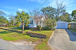 4822 Chesterfield Rd, North Charleston, SC 29405