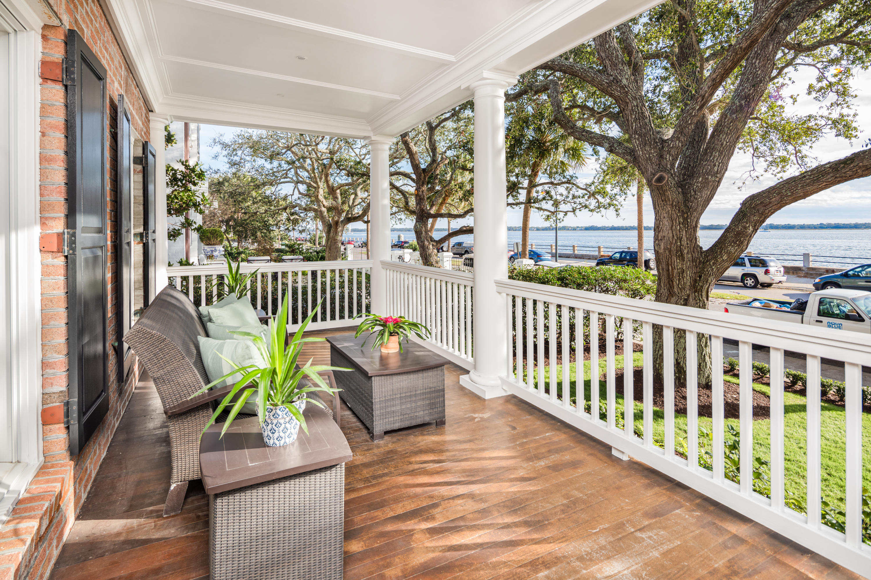 82 Murray Boulevard Charleston, SC 29401