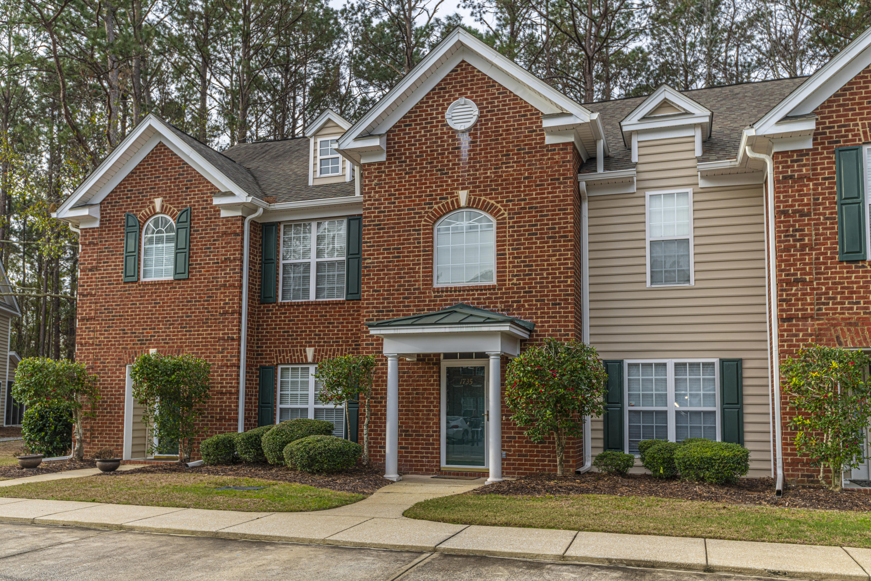 1735 Wyngate Circle Mount Pleasant, Sc 29466