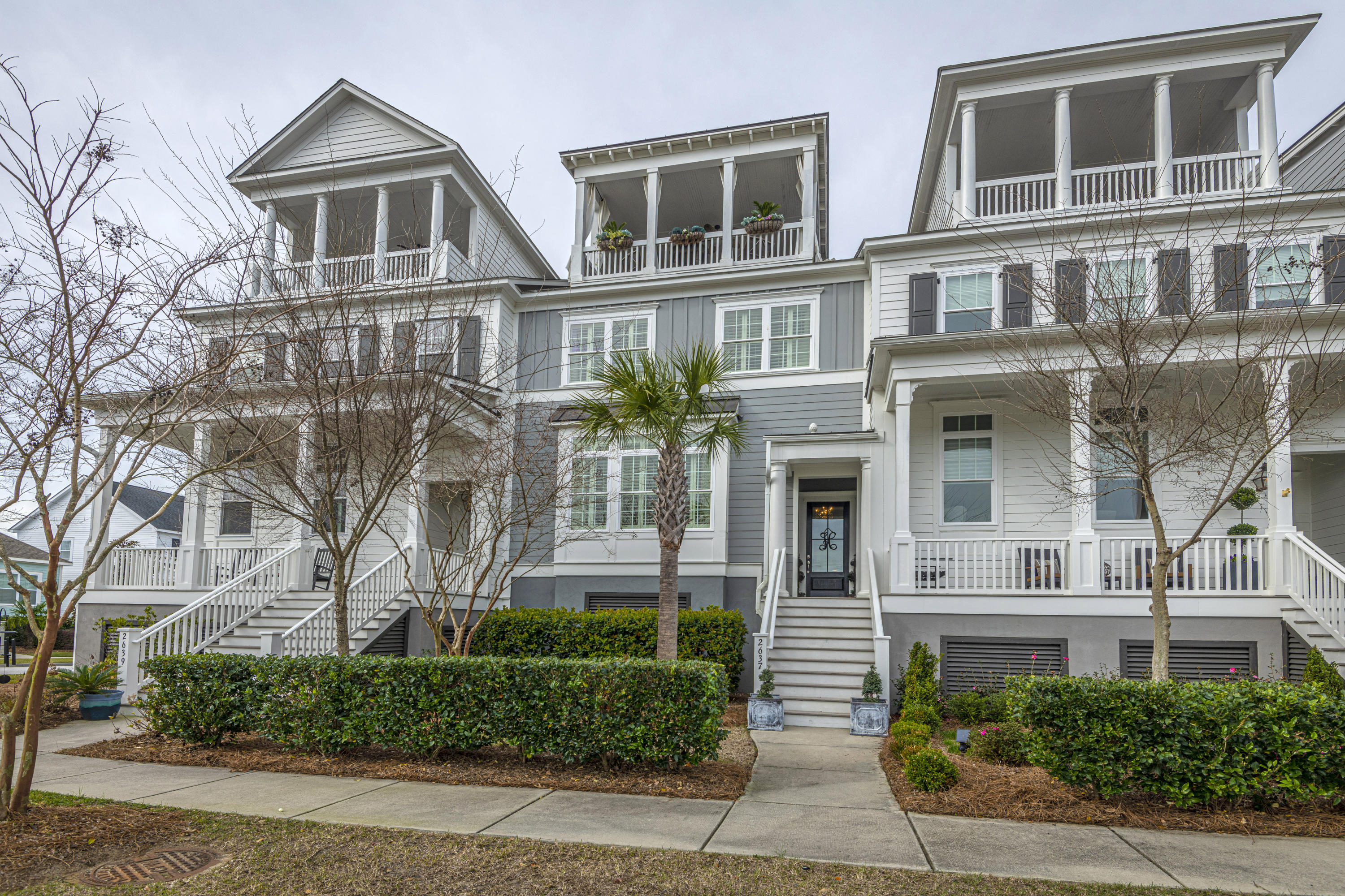 2637 Townsend Place Charleston, SC 29492