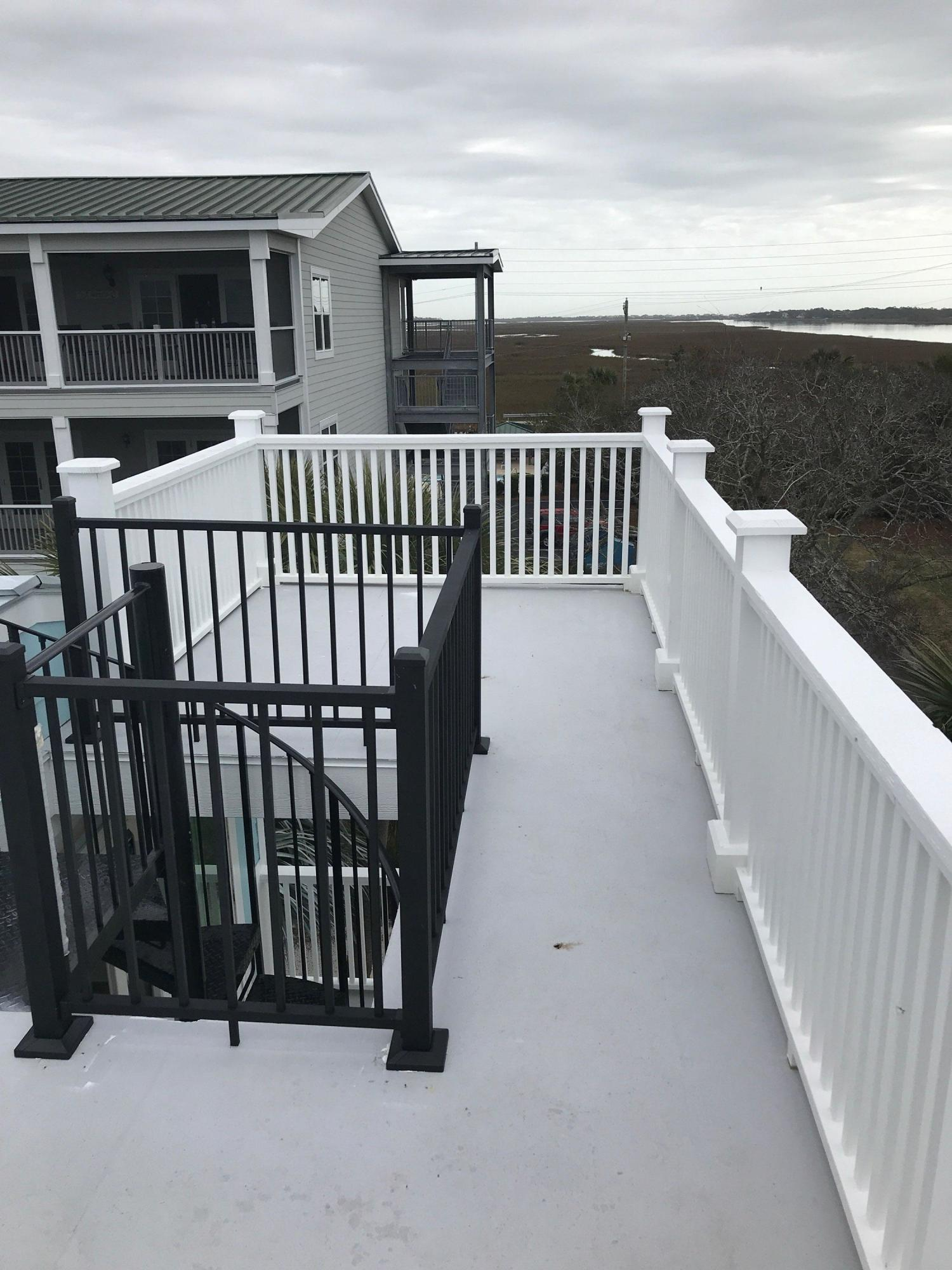 Mariners Cay Homes For Sale - 1004 Mariners Cay, Folly Beach, SC - 0