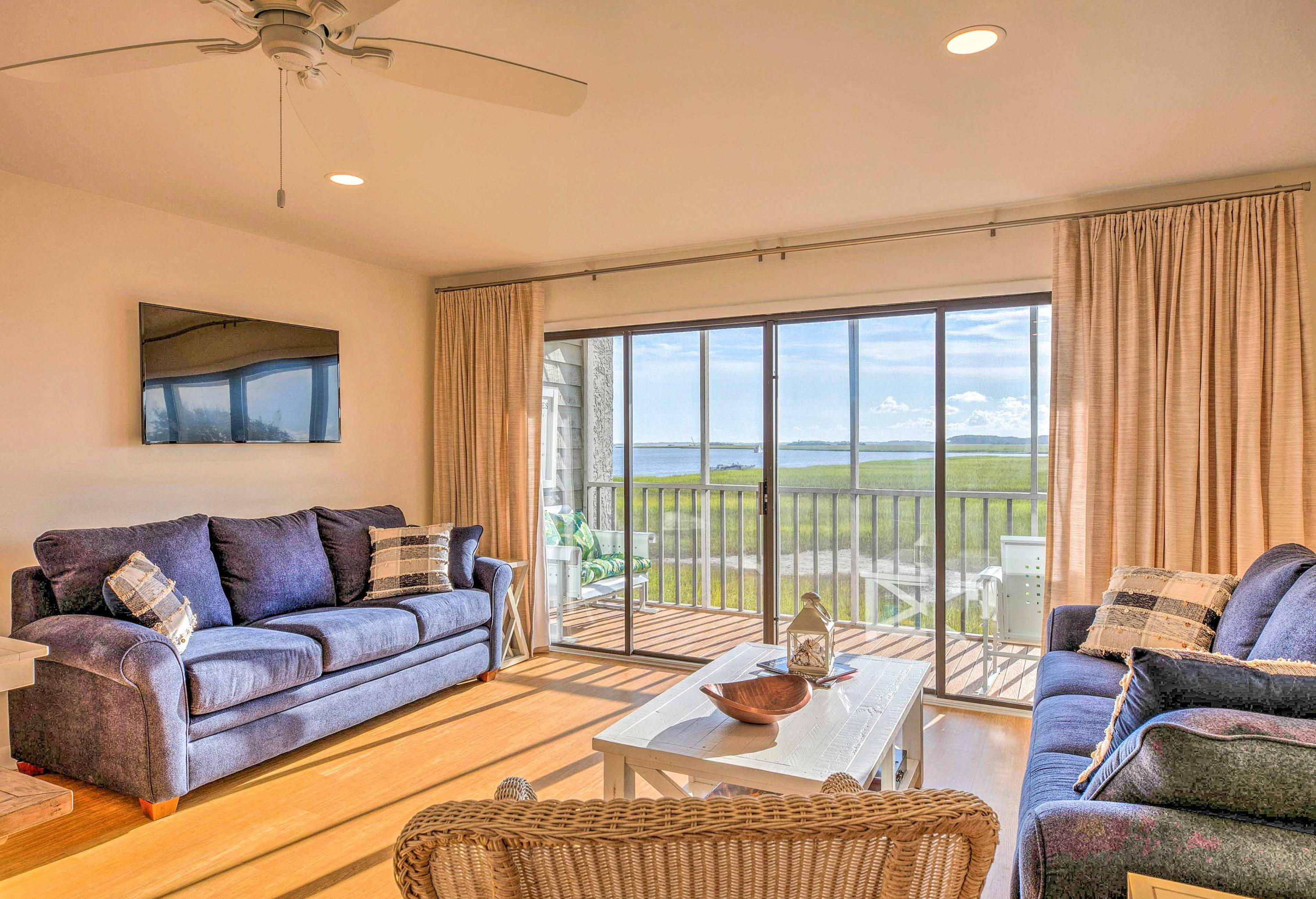 Mariners Cay Homes For Sale - 93 Mariners Cay, Folly Beach, SC - 29