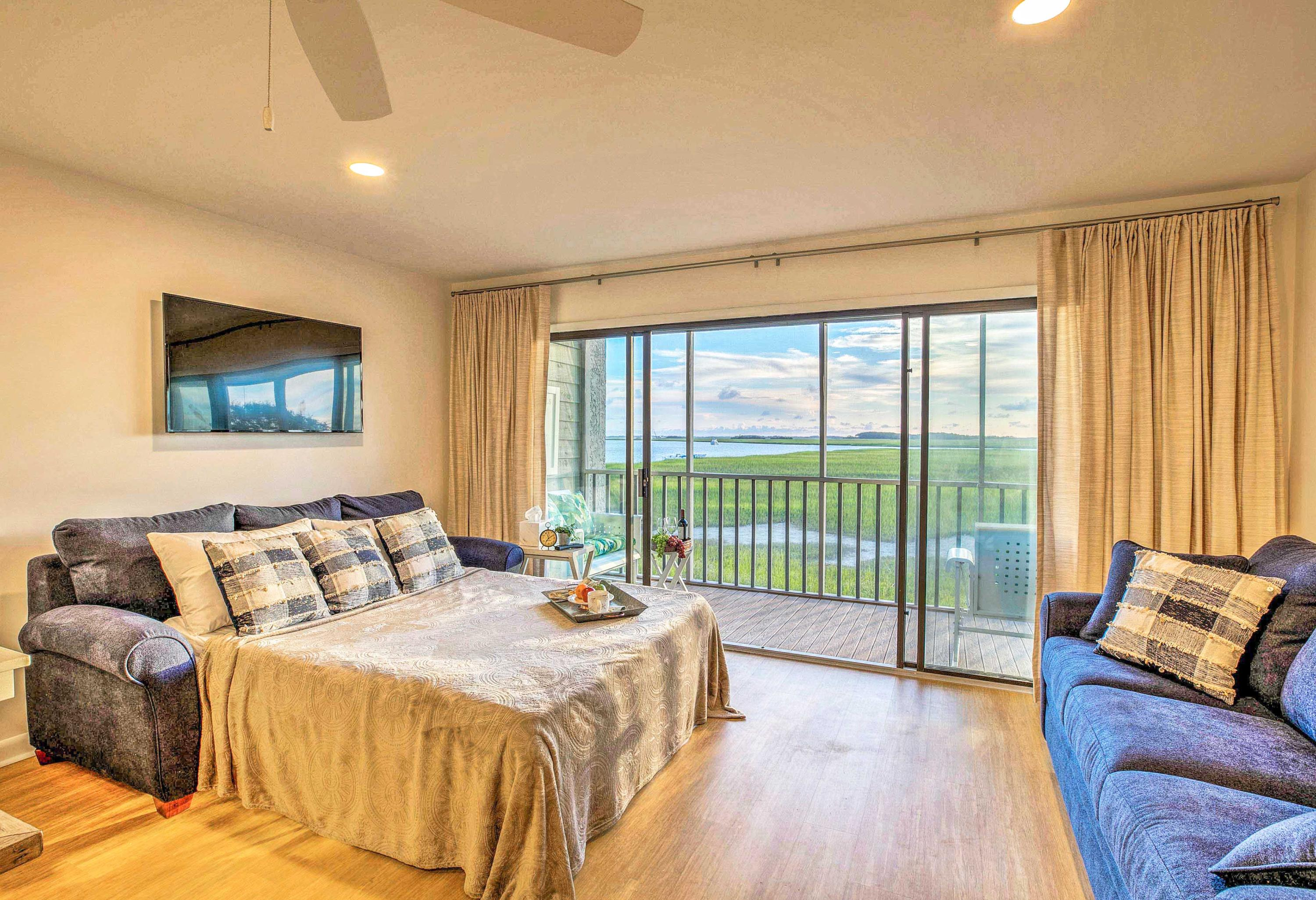 Mariners Cay Homes For Sale - 93 Mariners Cay, Folly Beach, SC - 28
