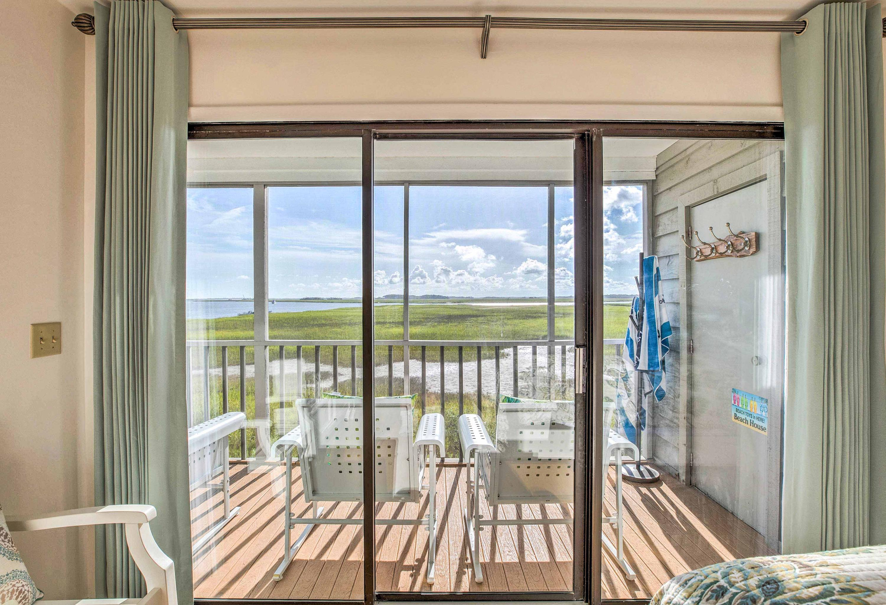 Mariners Cay Homes For Sale - 93 Mariners Cay, Folly Beach, SC - 20