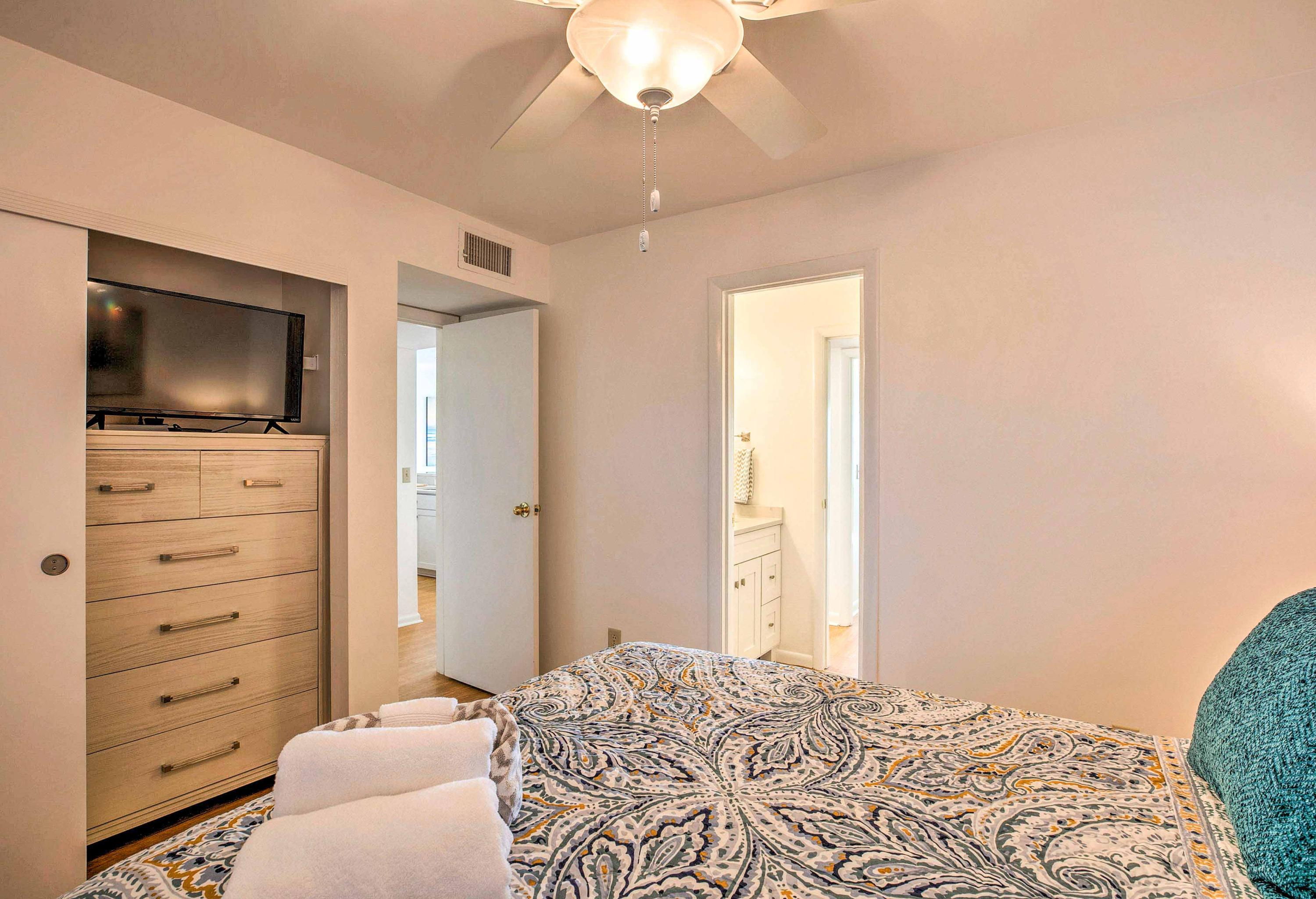 Mariners Cay Homes For Sale - 93 Mariners Cay, Folly Beach, SC - 15