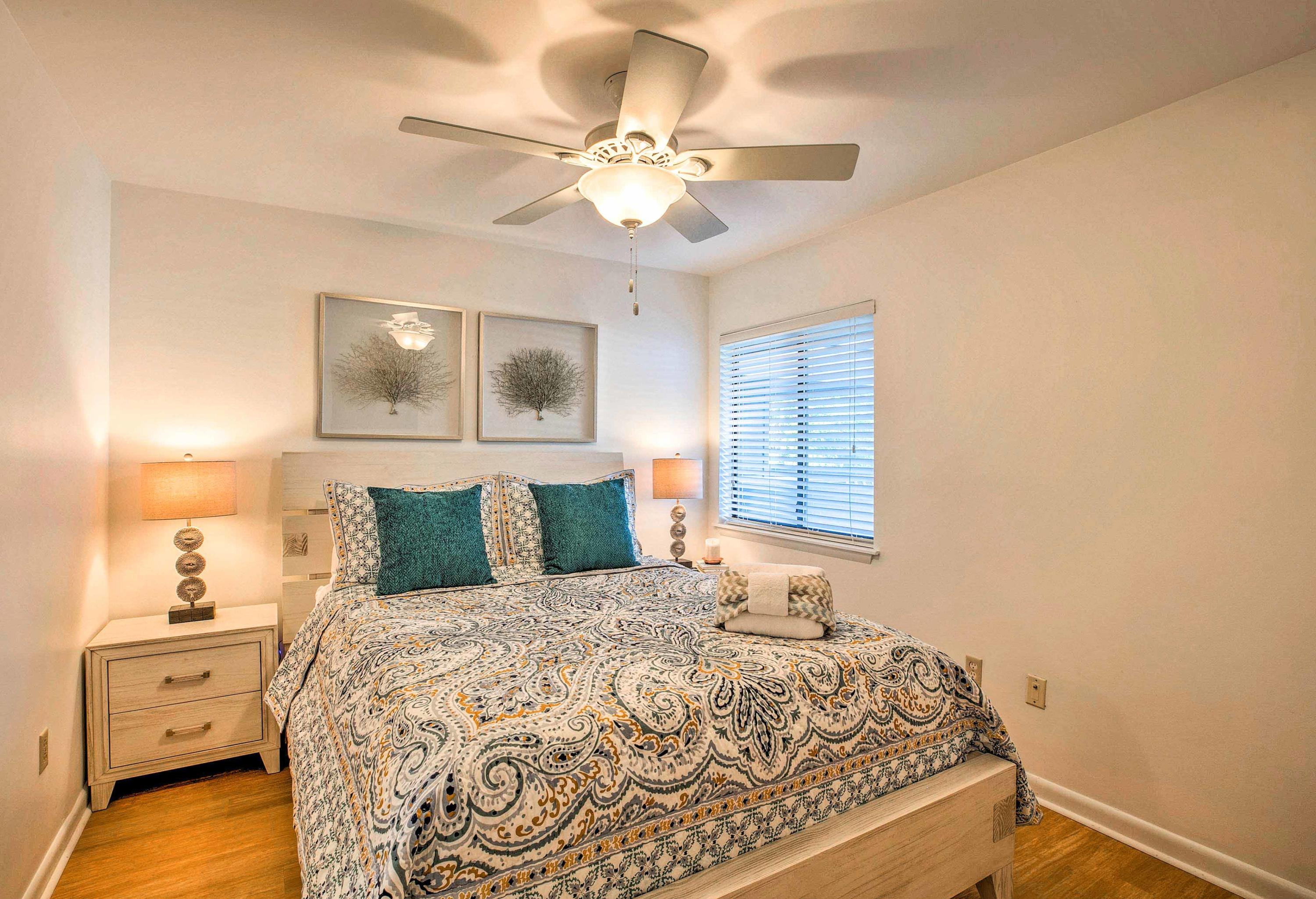 Mariners Cay Homes For Sale - 93 Mariners Cay, Folly Beach, SC - 16