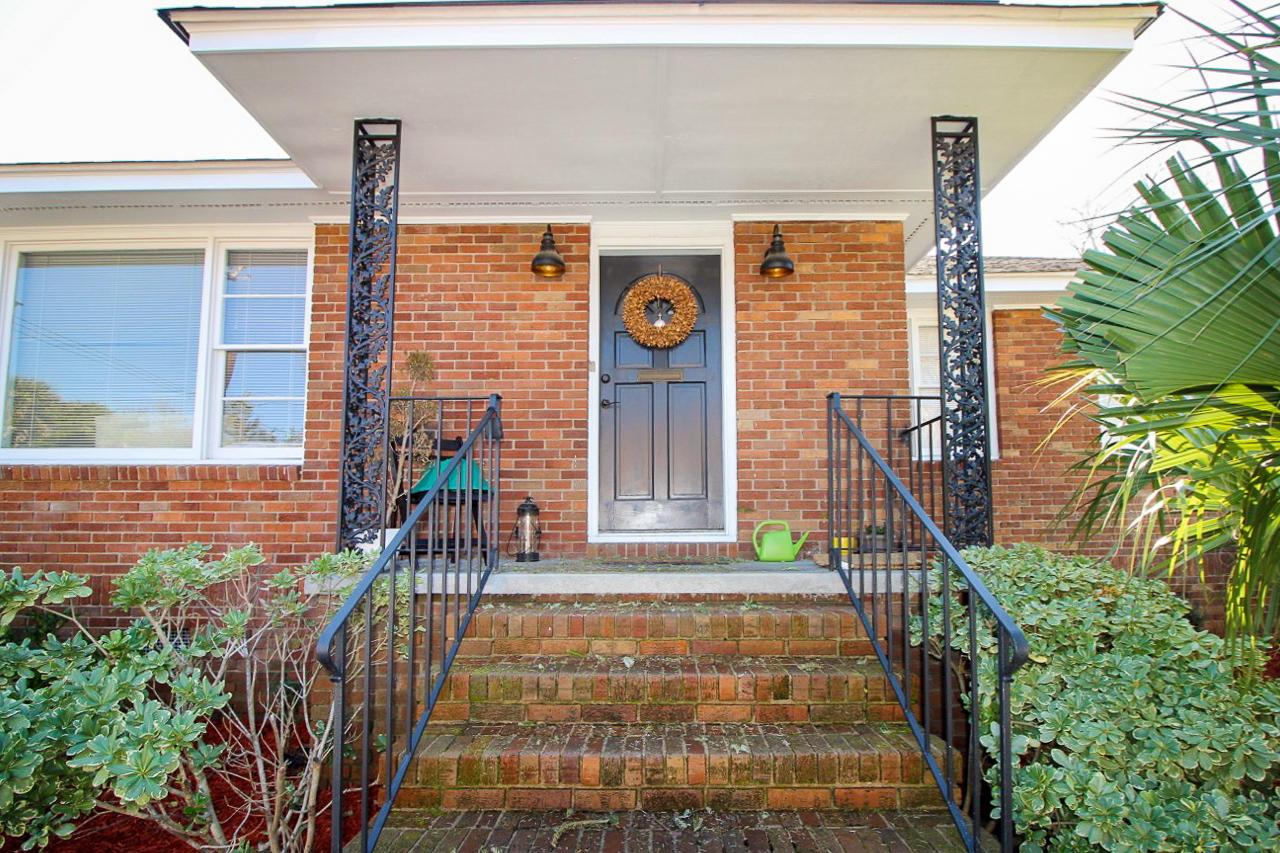 63 Gadsden Street Charleston, SC 29401