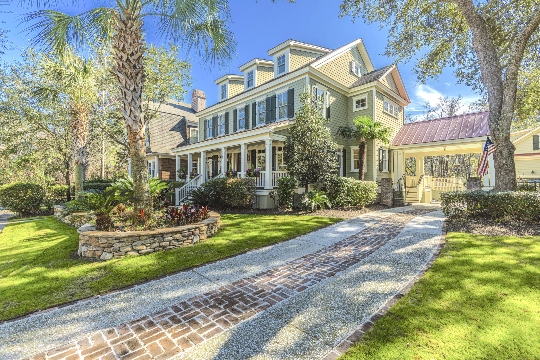 228 Delahow Street Charleston, SC 29492