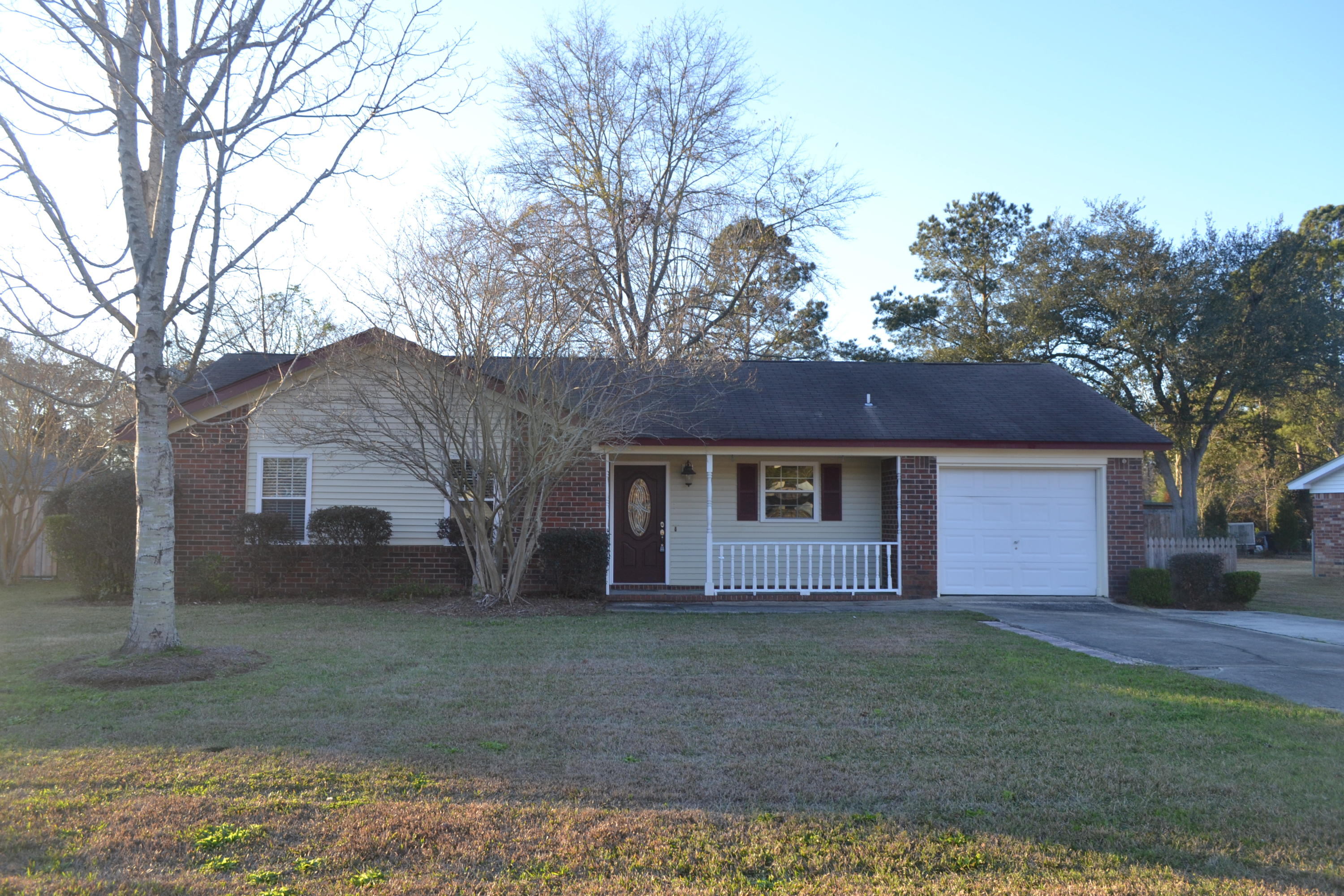 126 Aylesbury Road Goose Creek, SC 29445