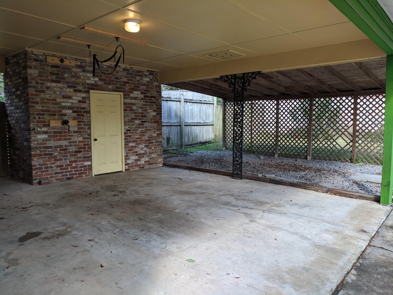 215 Live Oak Road Summerville, SC 29485