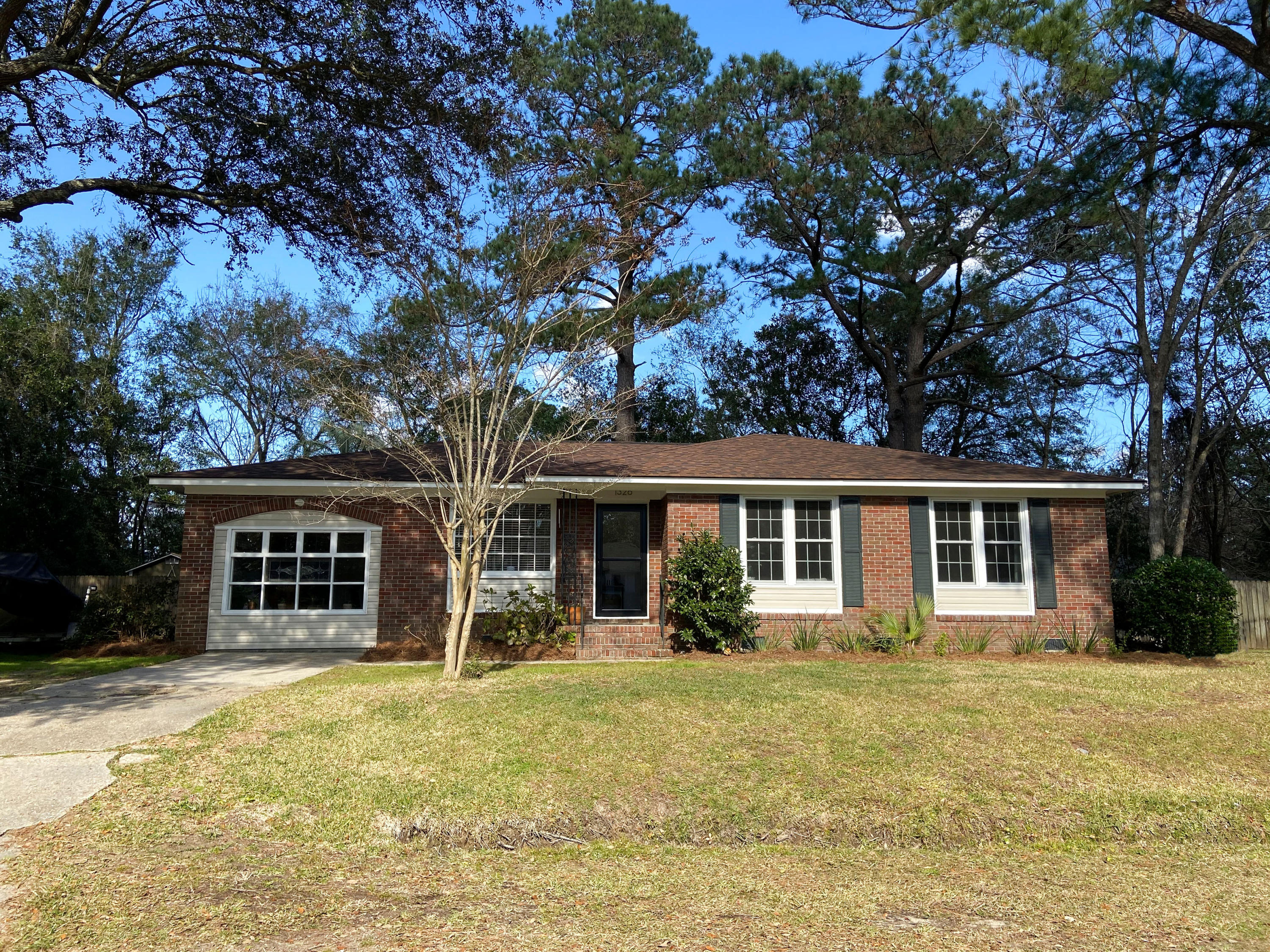 1326 Hampshire Road James Island, SC 29412