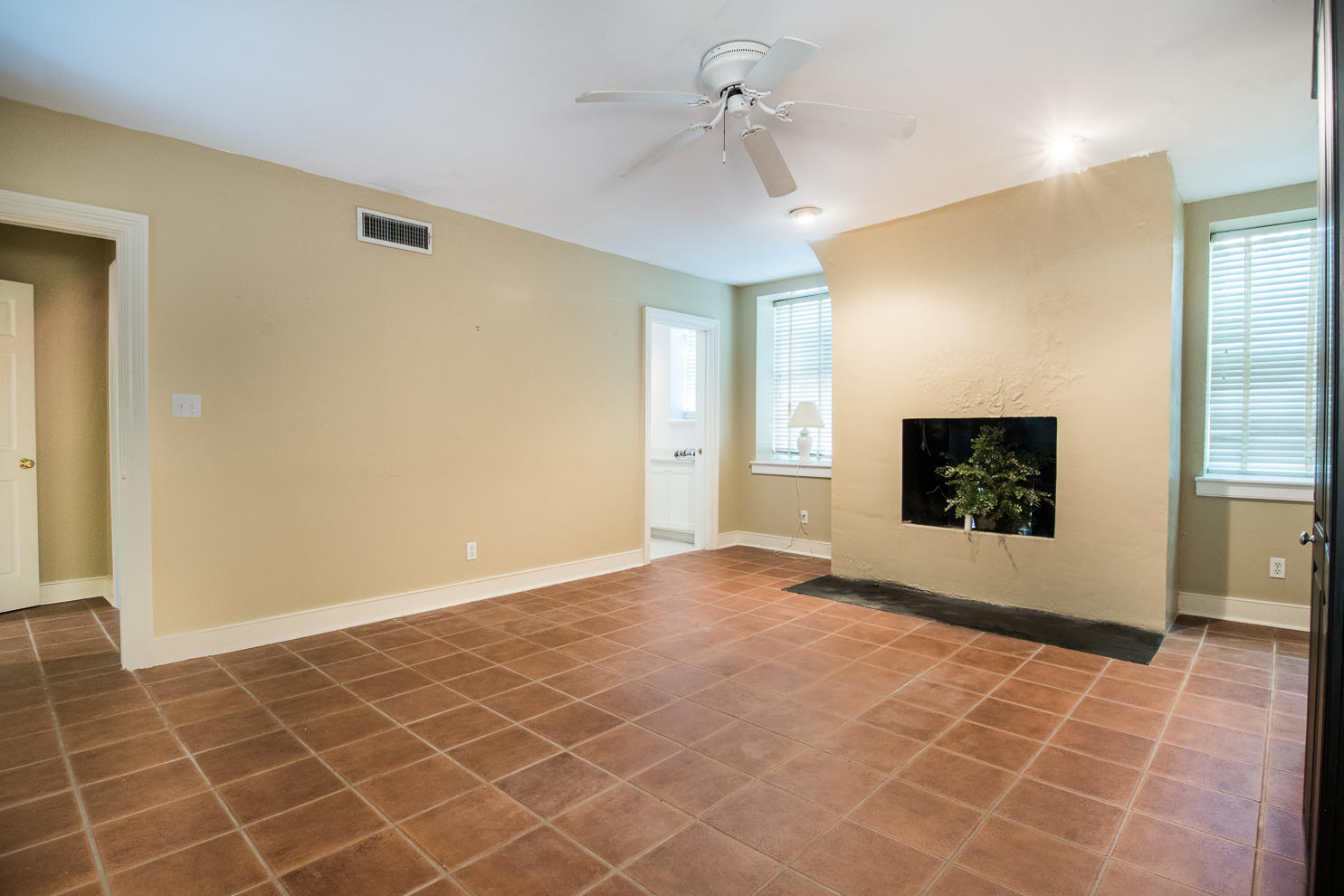 South of Broad Homes For Sale - 1 Prices, Charleston, SC - 55