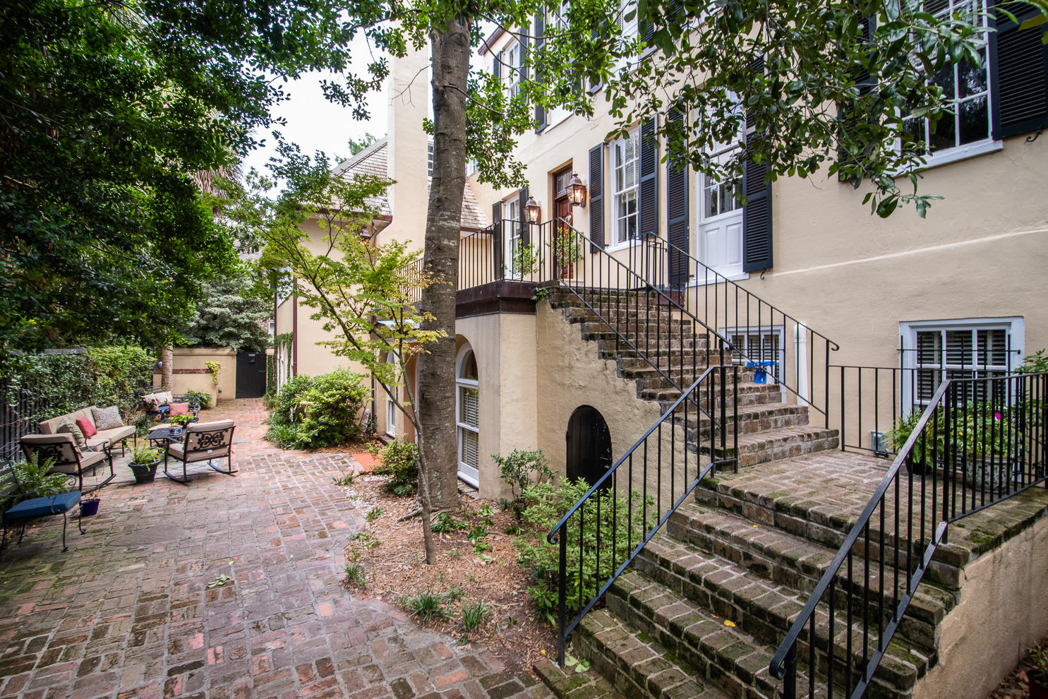 1 Prices Alley Charleston, SC 29401