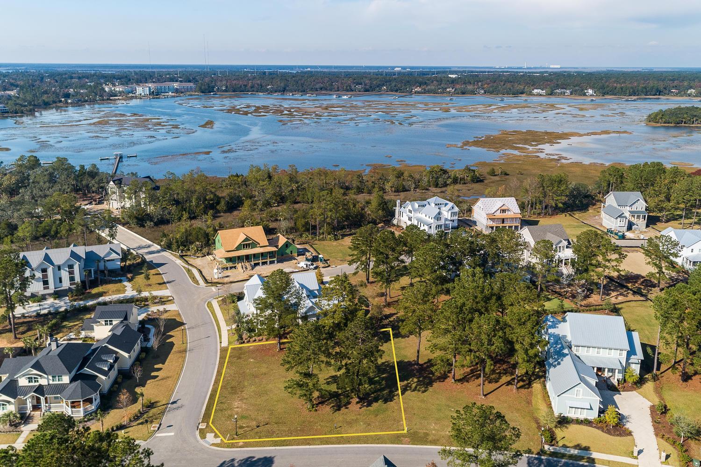 402 Fish Tale Road Daniel Island, SC 29492