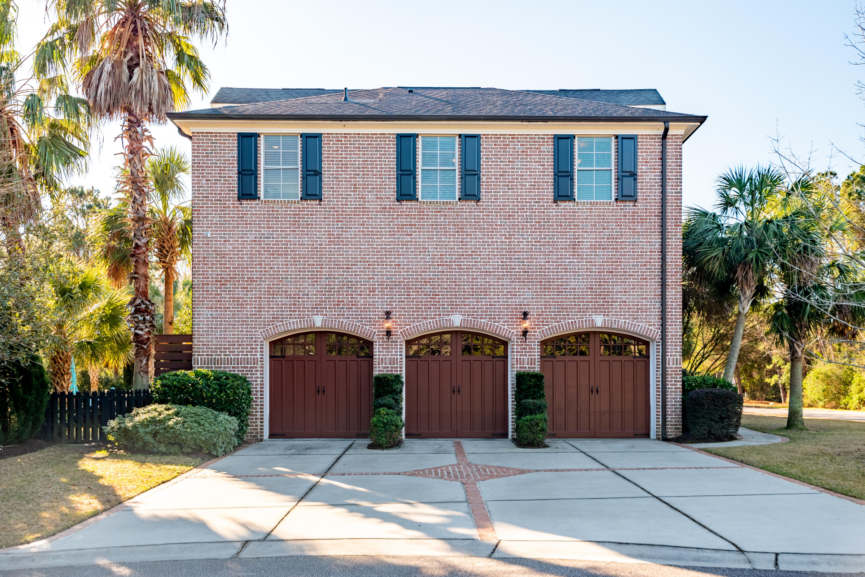 828 Mary River Lane Charleston, SC 29412