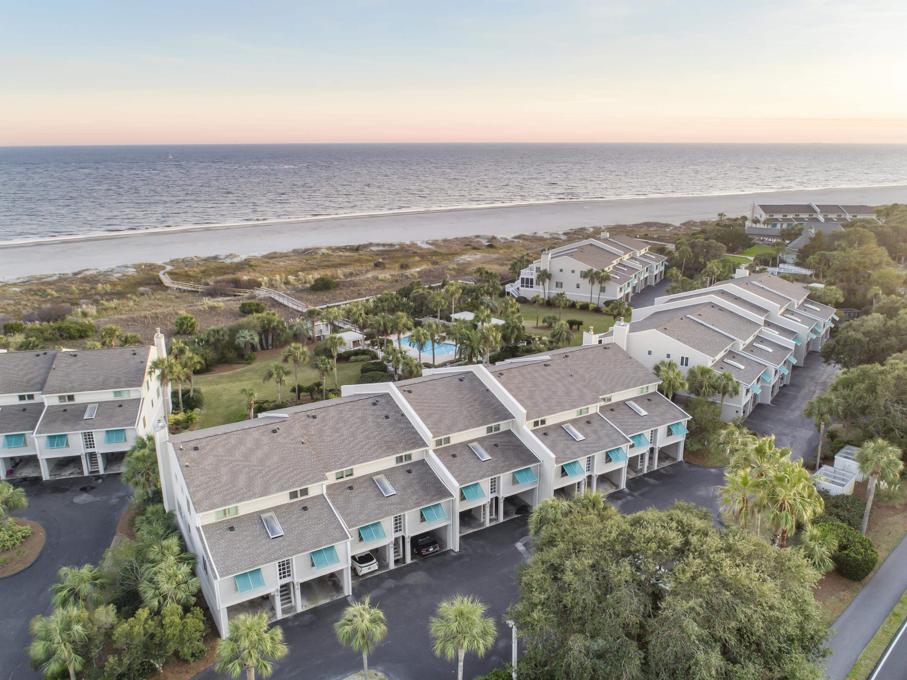 Beach Club Villas Homes For Sale - 51 Beach Club Villas, Isle of Palms, SC - 11