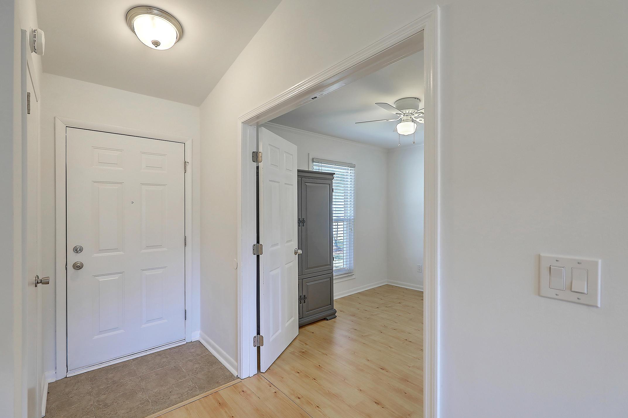Oakland Homes For Sale - 281 Shore, Charleston, SC - 6
