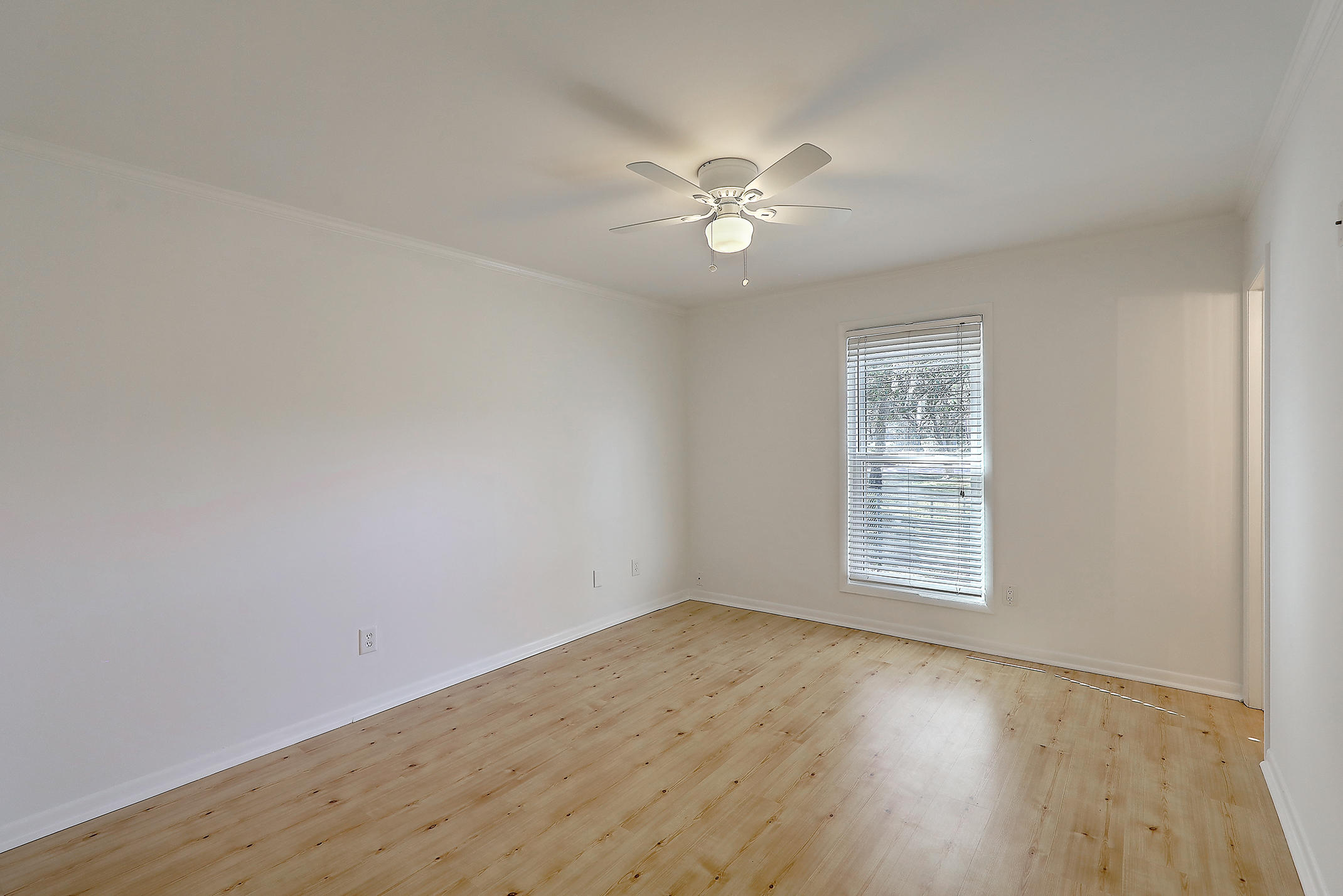 Oakland Homes For Sale - 281 Shore, Charleston, SC - 13
