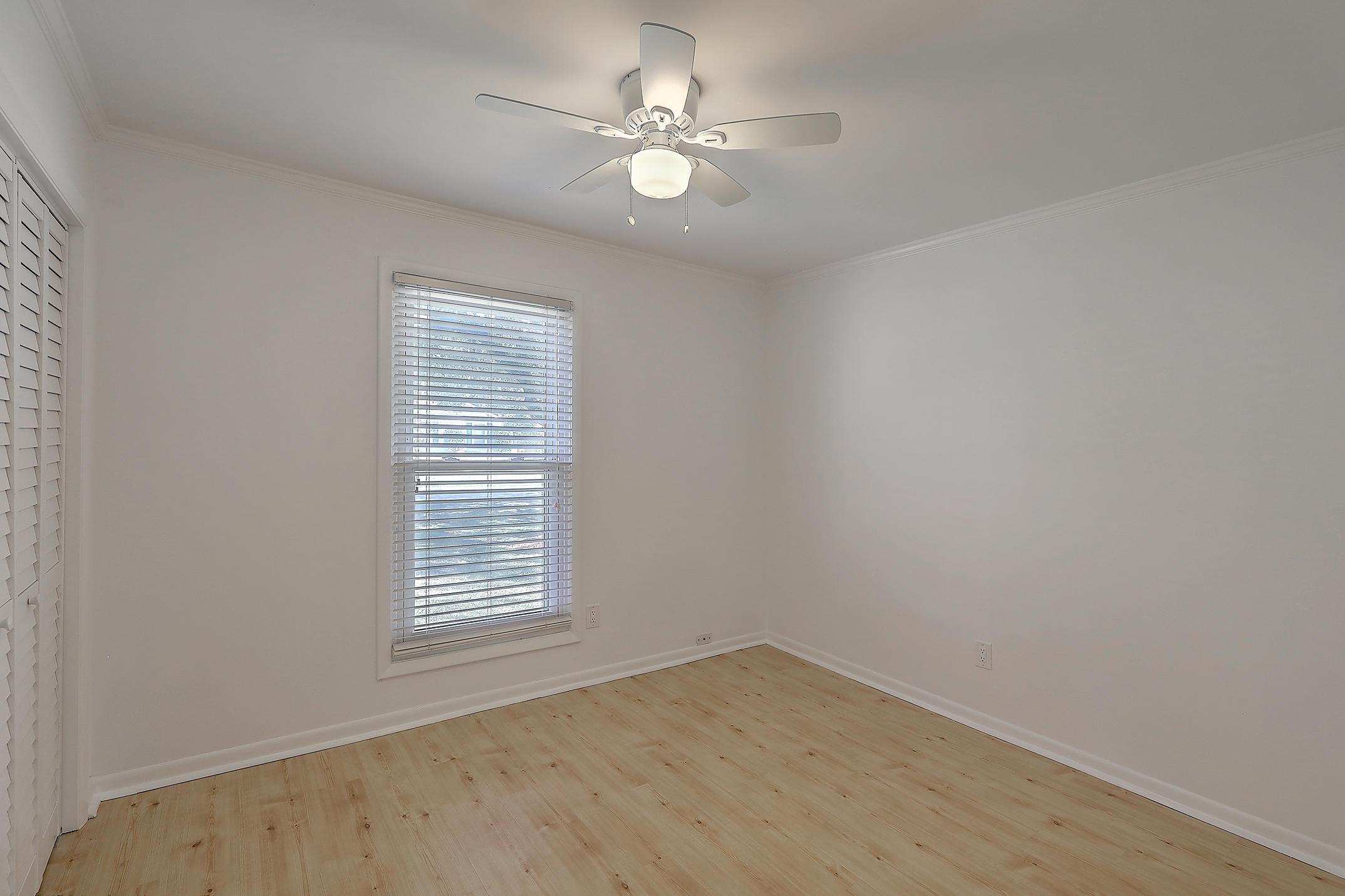 Oakland Homes For Sale - 281 Shore, Charleston, SC - 18