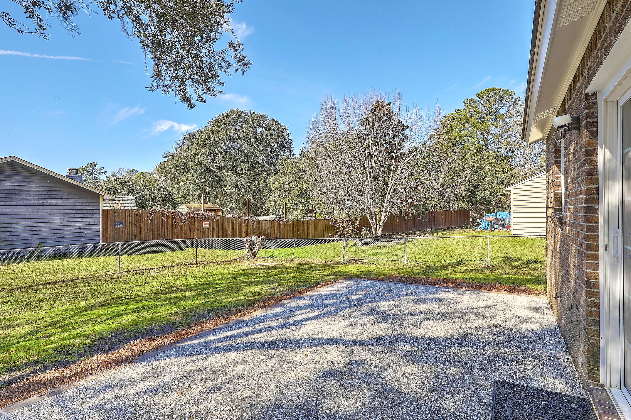 Oakland Homes For Sale - 281 Shore, Charleston, SC - 2