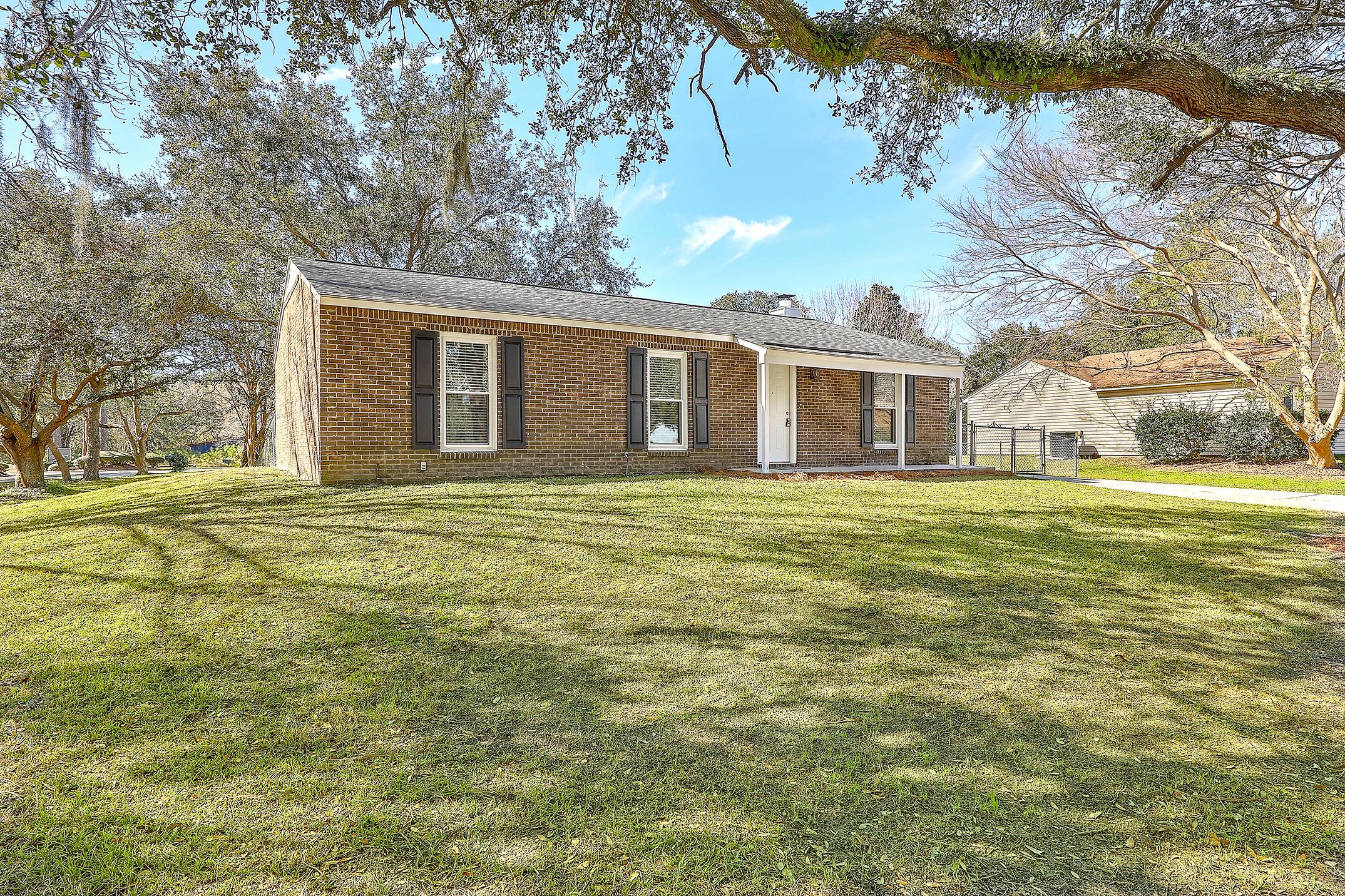 Oakland Homes For Sale - 281 Shore, Charleston, SC - 1