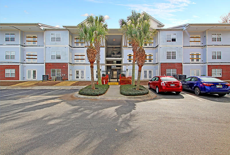 1025 Riverland Woods Place UNIT 308 Charleston, SC 29412