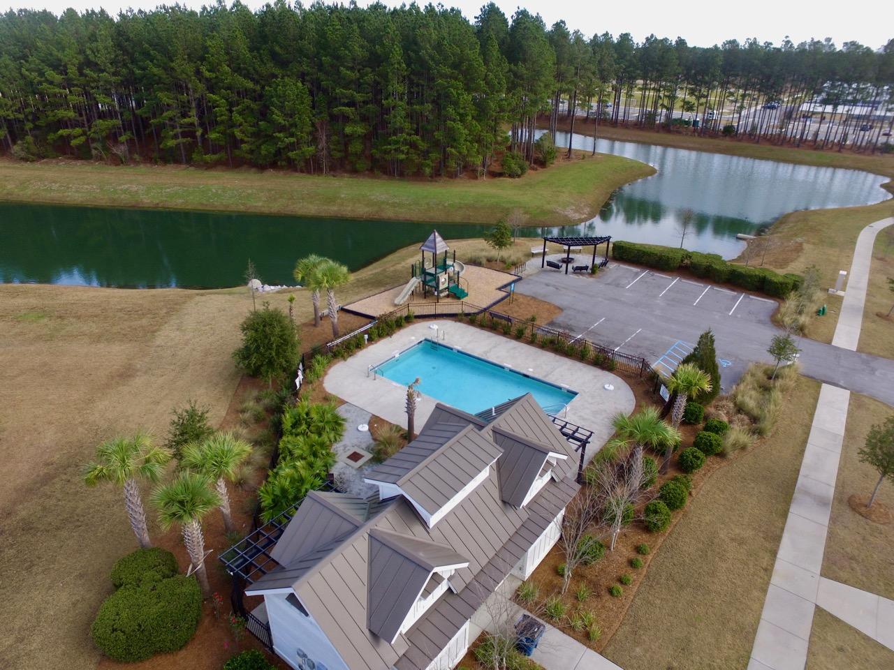 327 Whispering Breeze Lane Summerville, Sc 29486