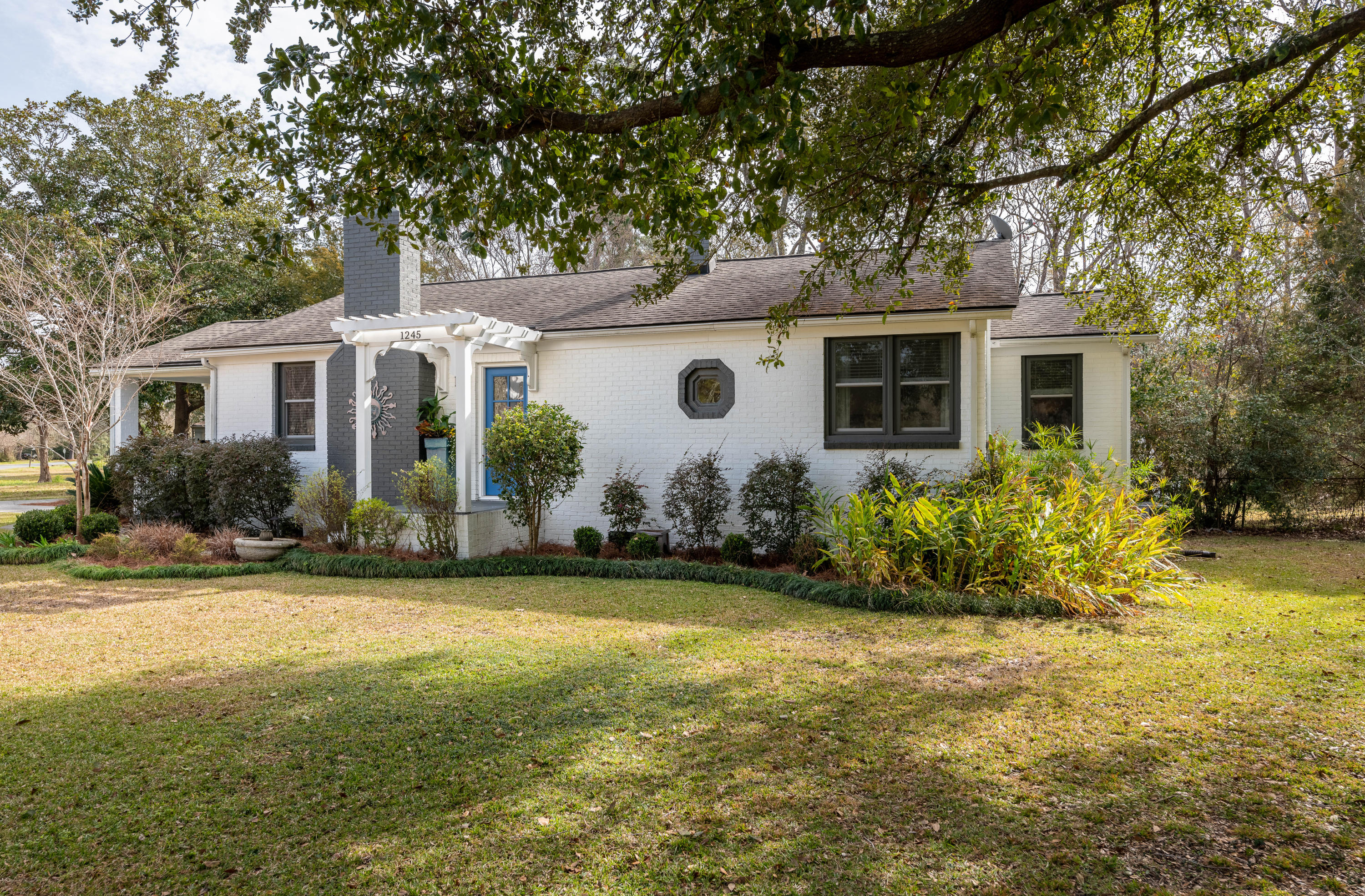 1245 Forestwood Drive Charleston, Sc 29407