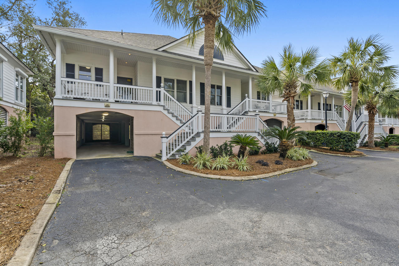 14 Links Clubhouse Court Isle Of Palms, SC 29451