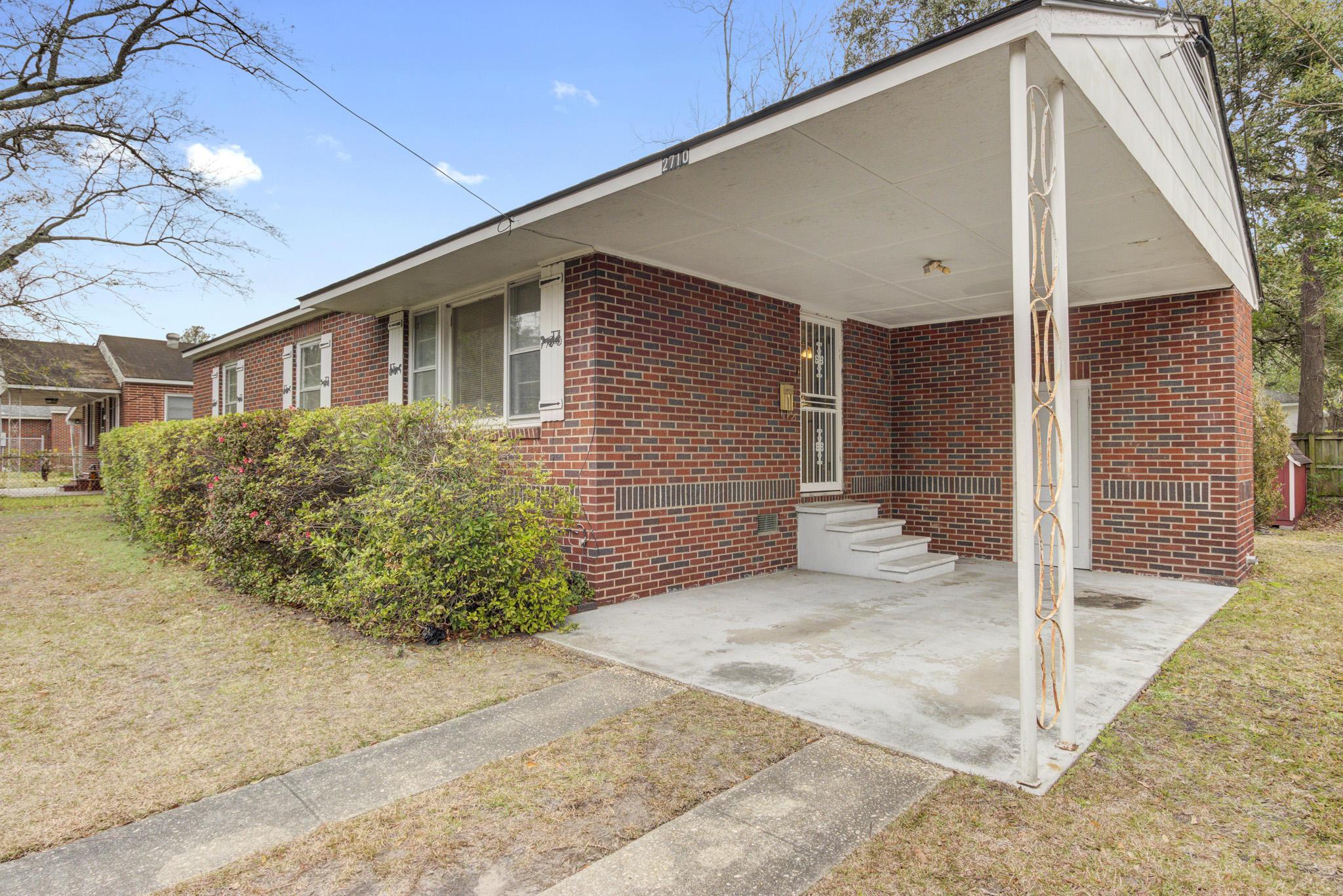 2710 Busch Avenue North Charleston, SC 29405