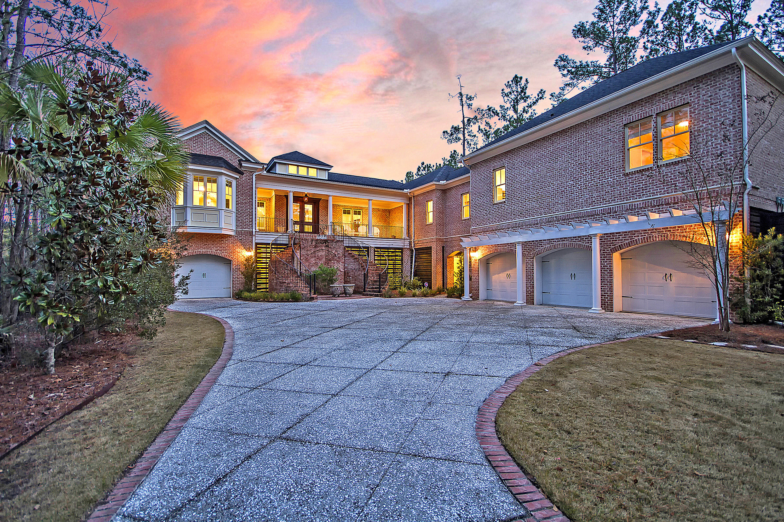561 Little Barley Lane Charleston, SC 29492