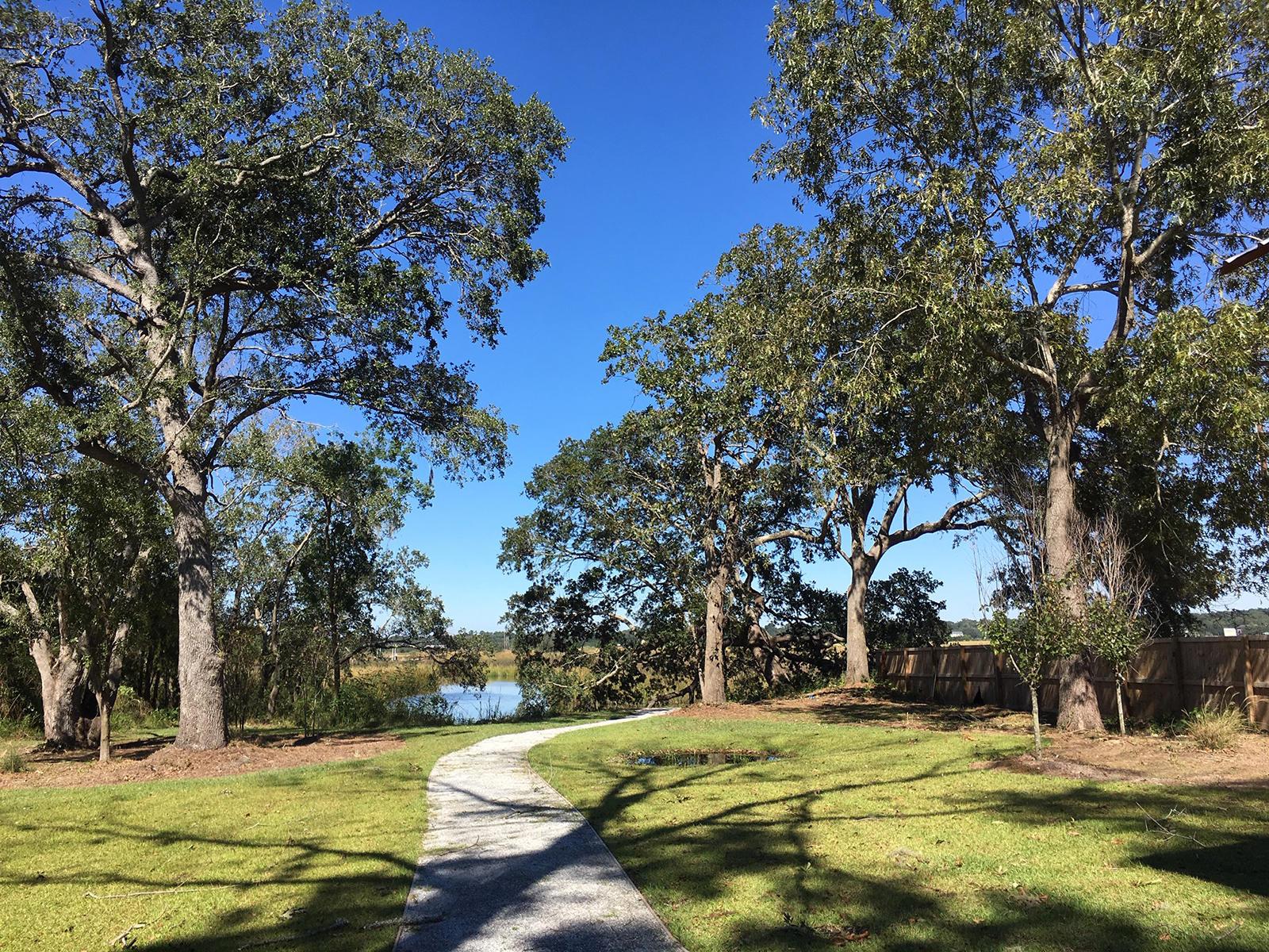2337 Town Woods Charleston, SC 29414