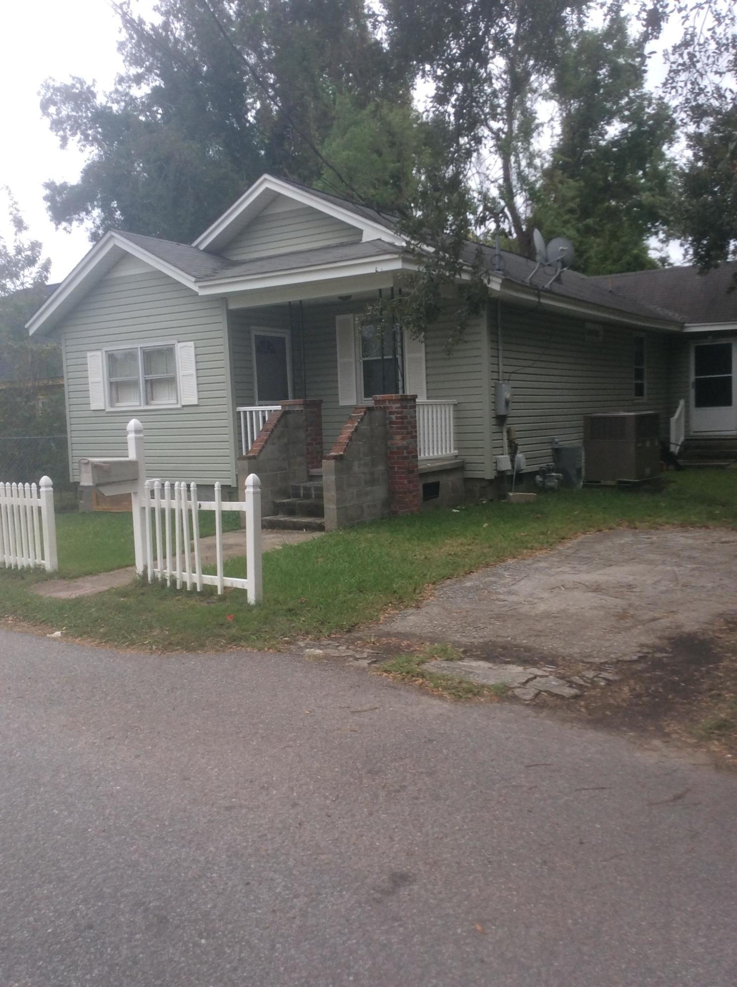 1215 Hobart Ave Charleston, SC 29407